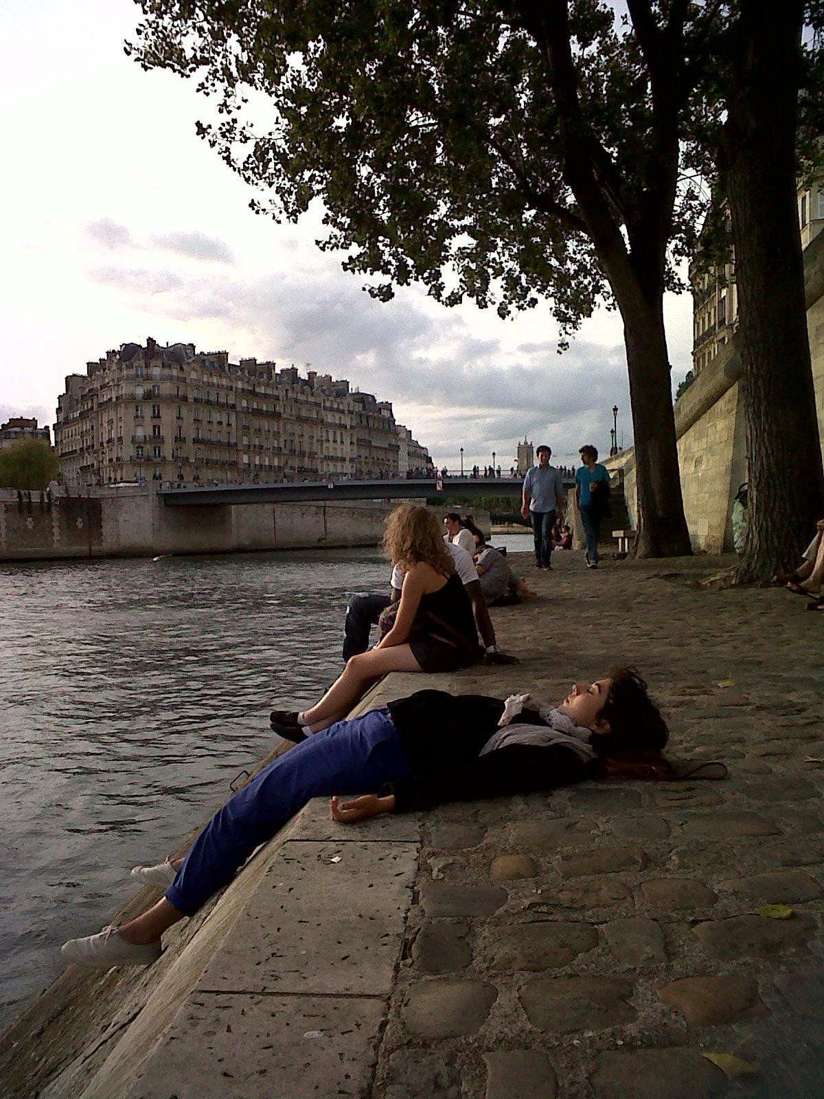 La belle au fleuve dormant