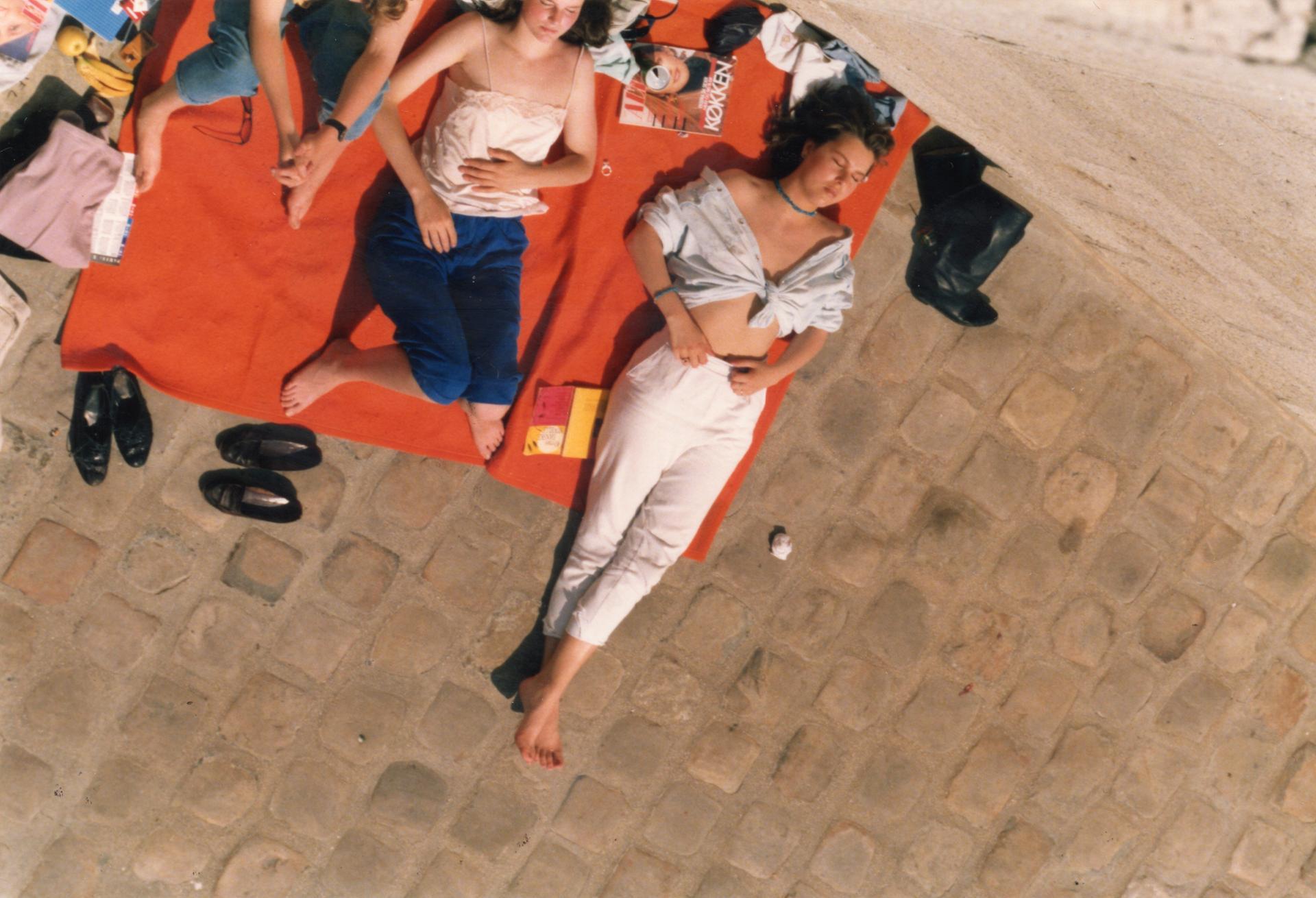 La serviette orange...Sous le Soleil exactement  - reflex012