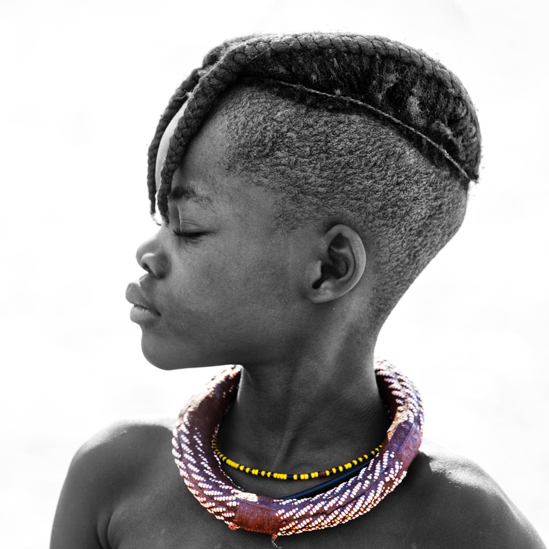 Jeune fille Himba (Epupa, Namibie)