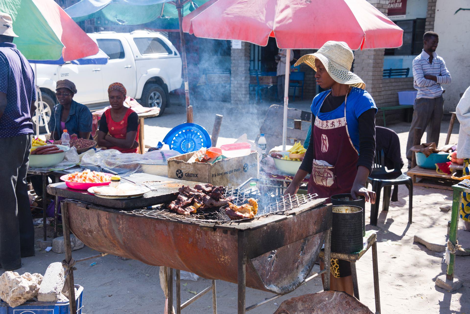 Fritures (marché aux environs de Windhoek, Namibie)