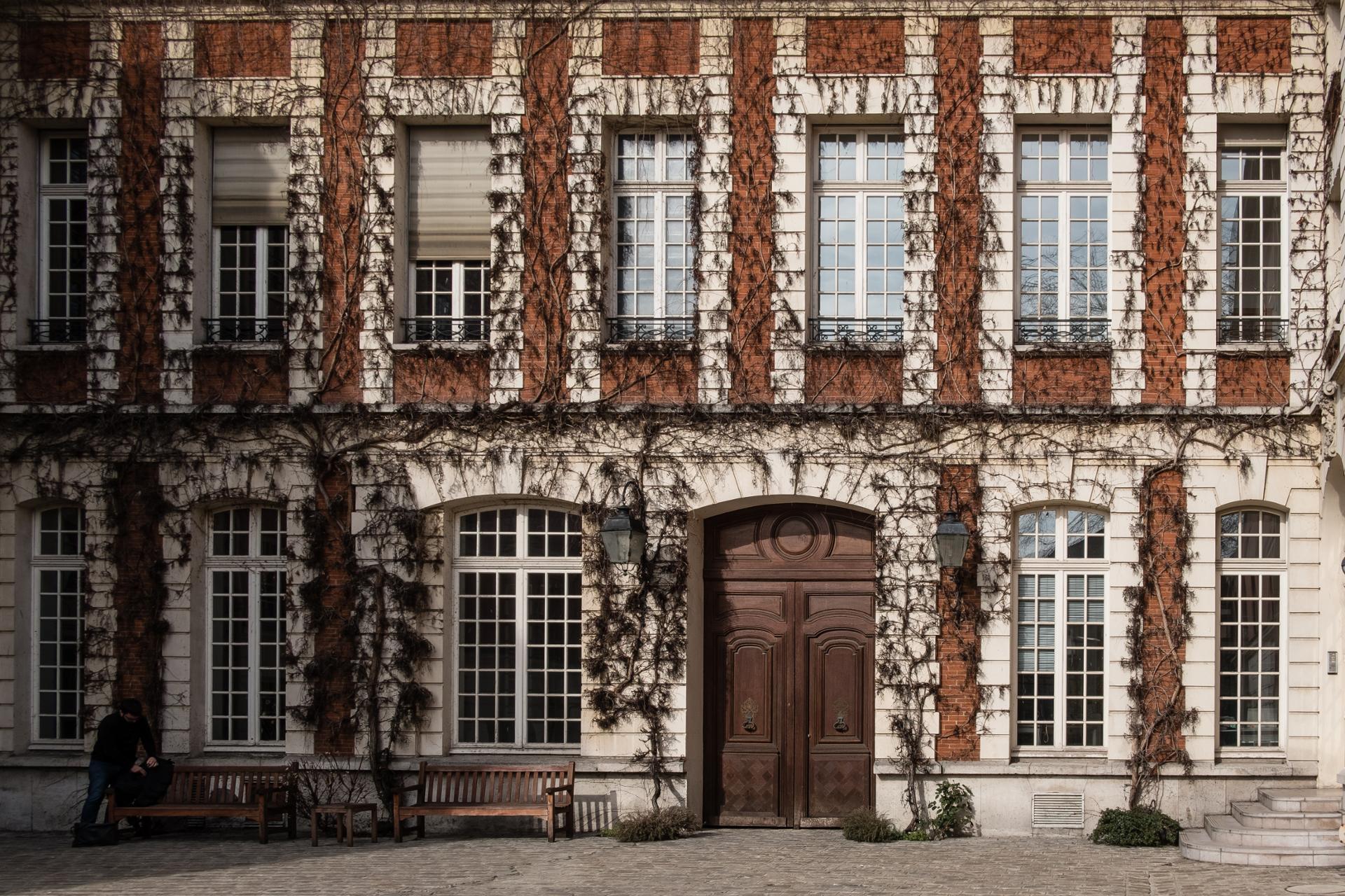 Facade parisienne