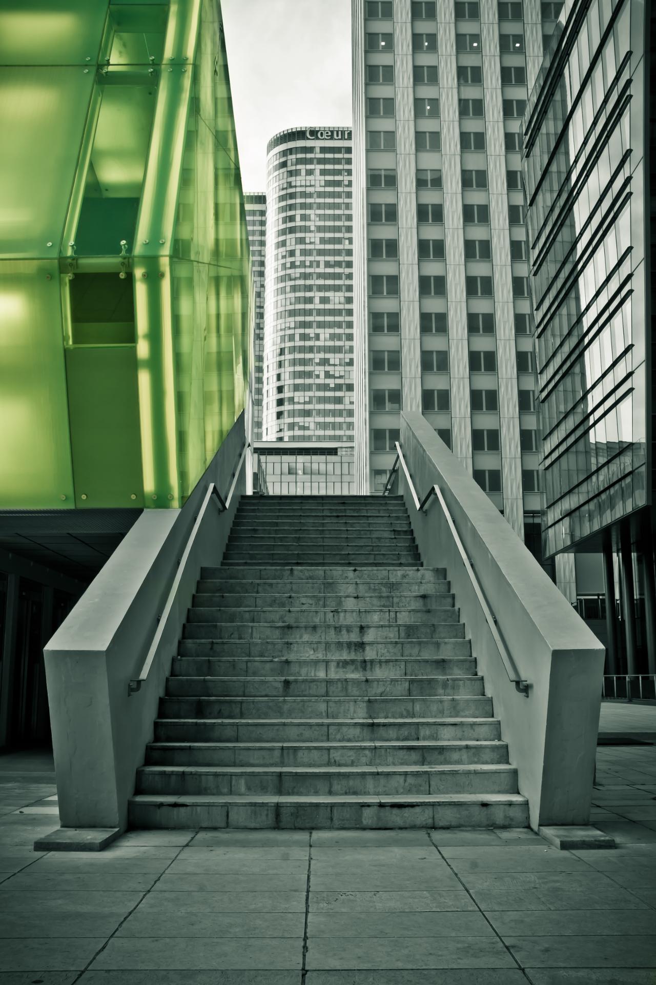 Escalier défense