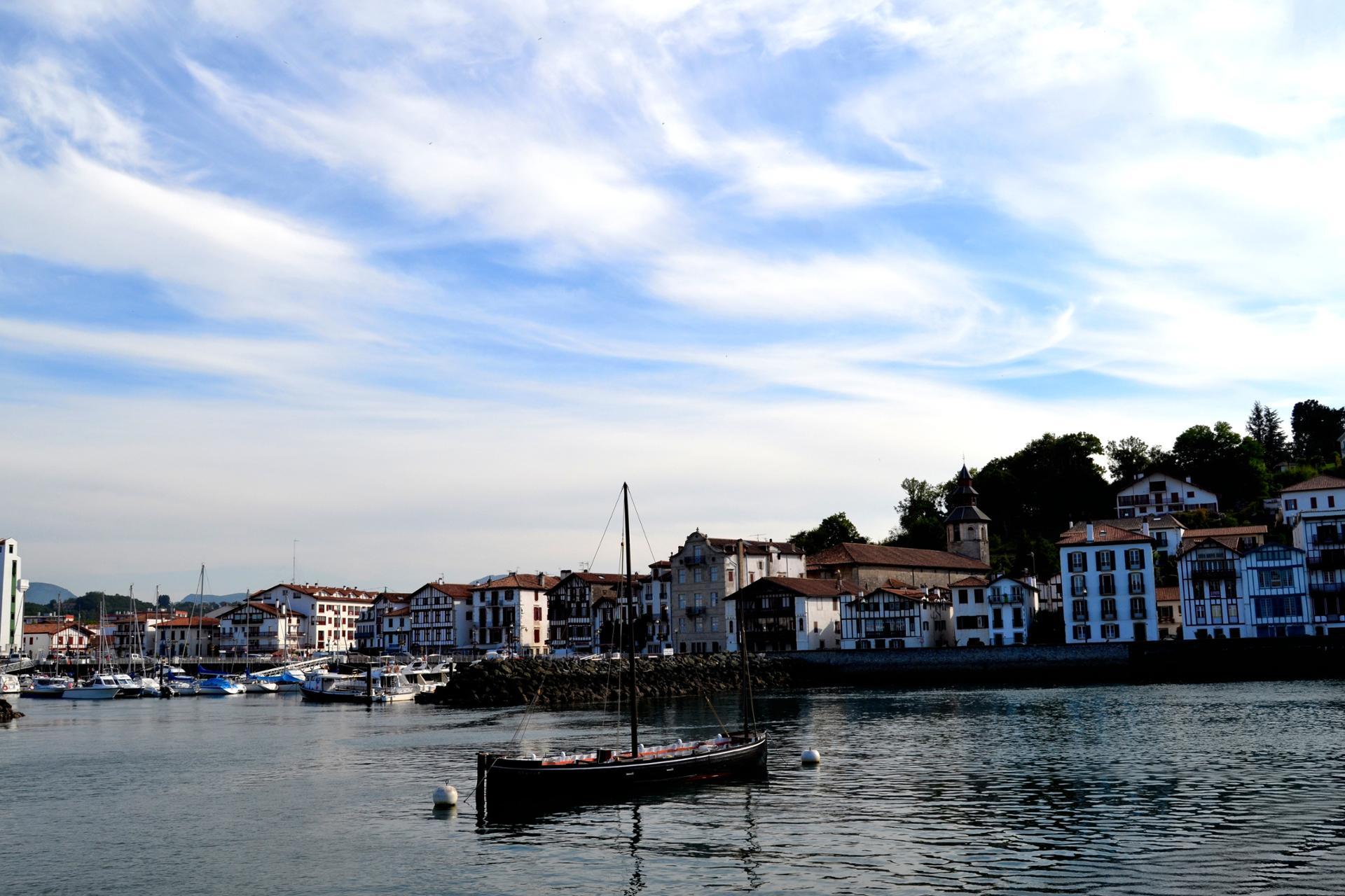 Un beau ciel sur St Jean de Luz