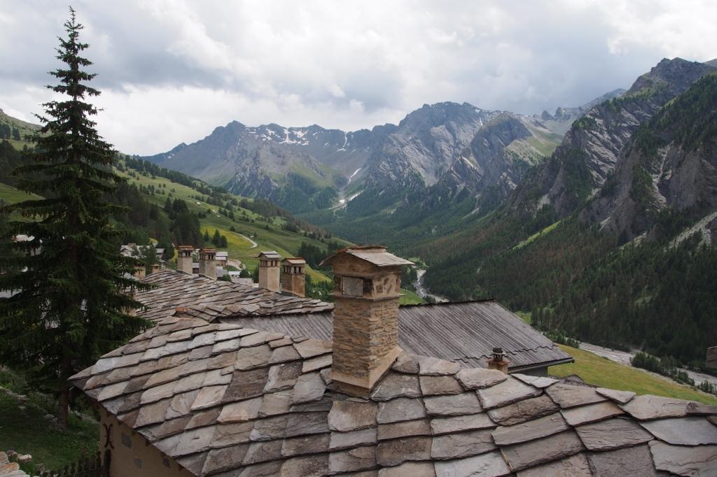 Sur les toits du plus haut village d'Europe