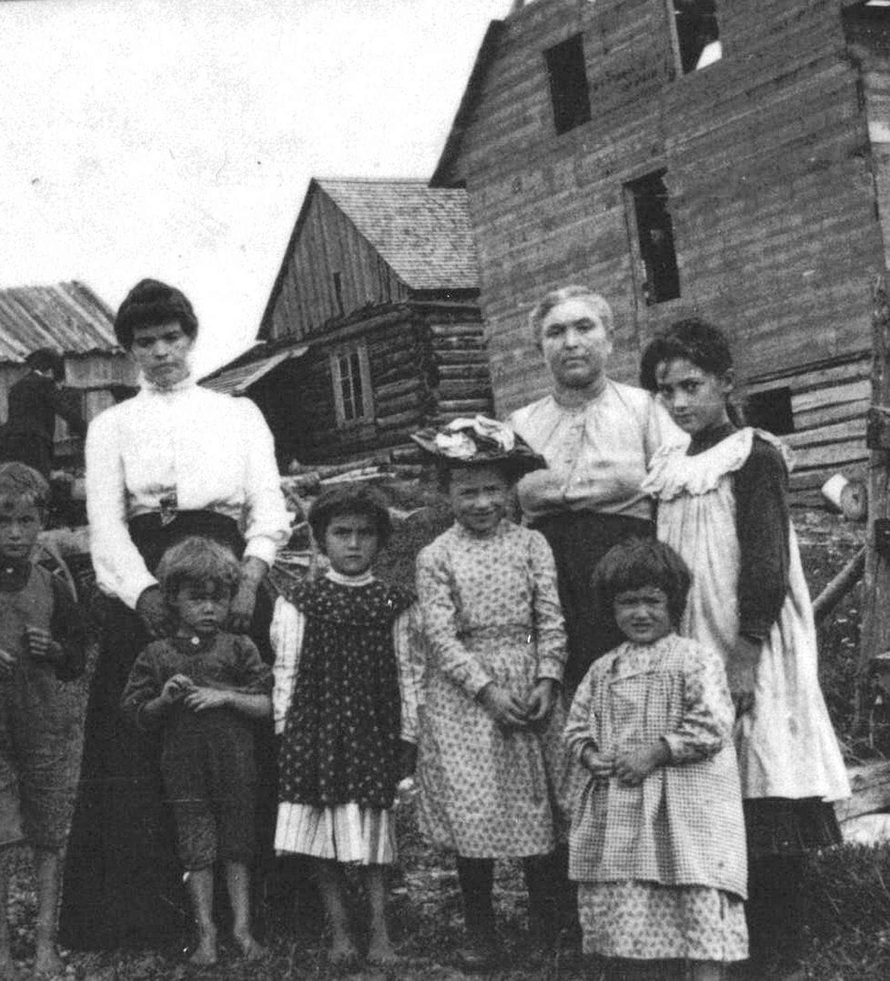 Grand-Mère, femme de famille et de caractère (1908)