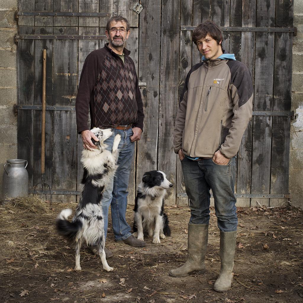 Racines - A Chochon - 01 - Henri et Benjamin – 62 ans et 30 ans – Élevage ovin, bovin, caprin -  Hautes-Pyrénées01.jpg