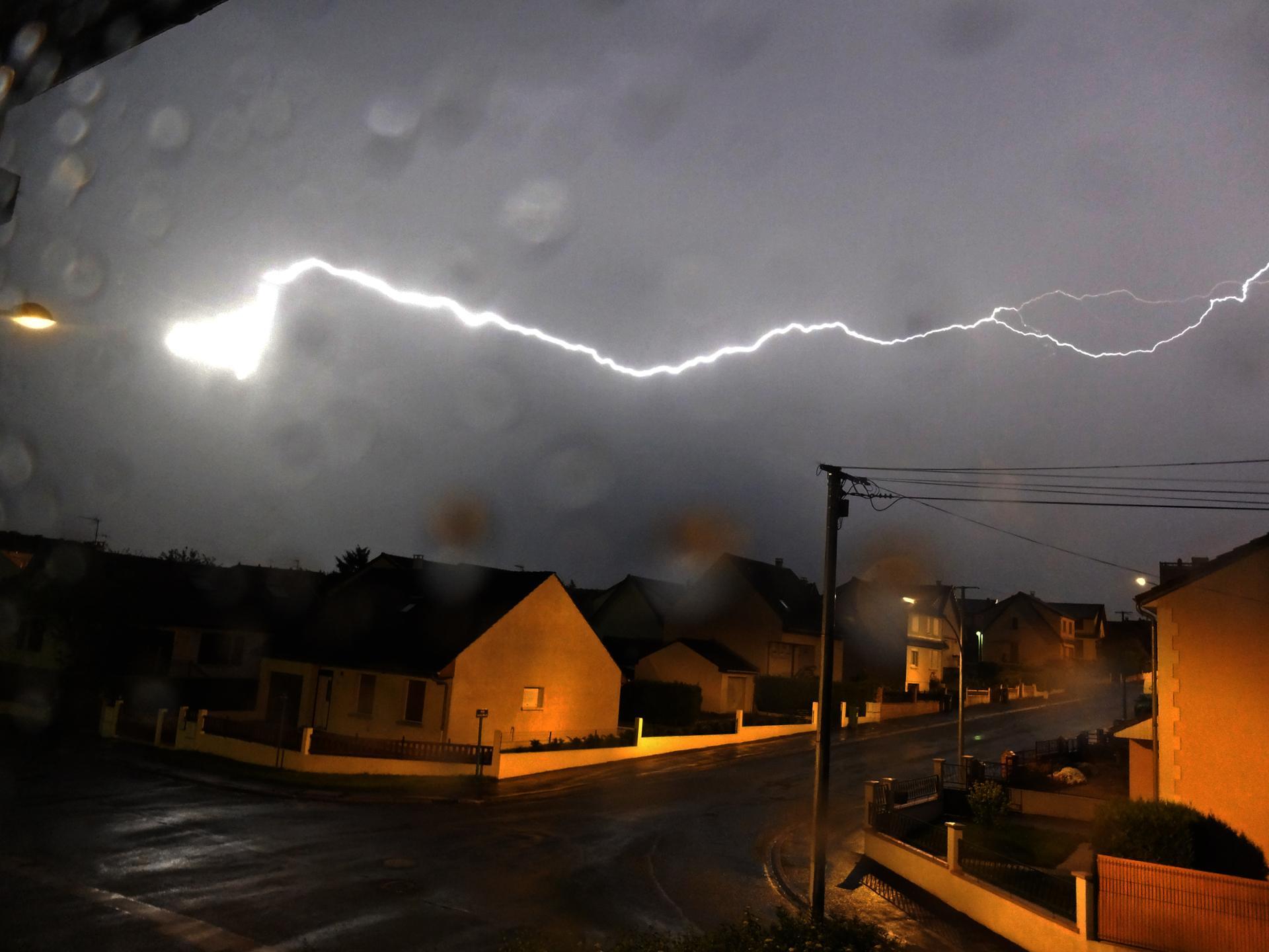 Hier il y avait une alerte aux orages....