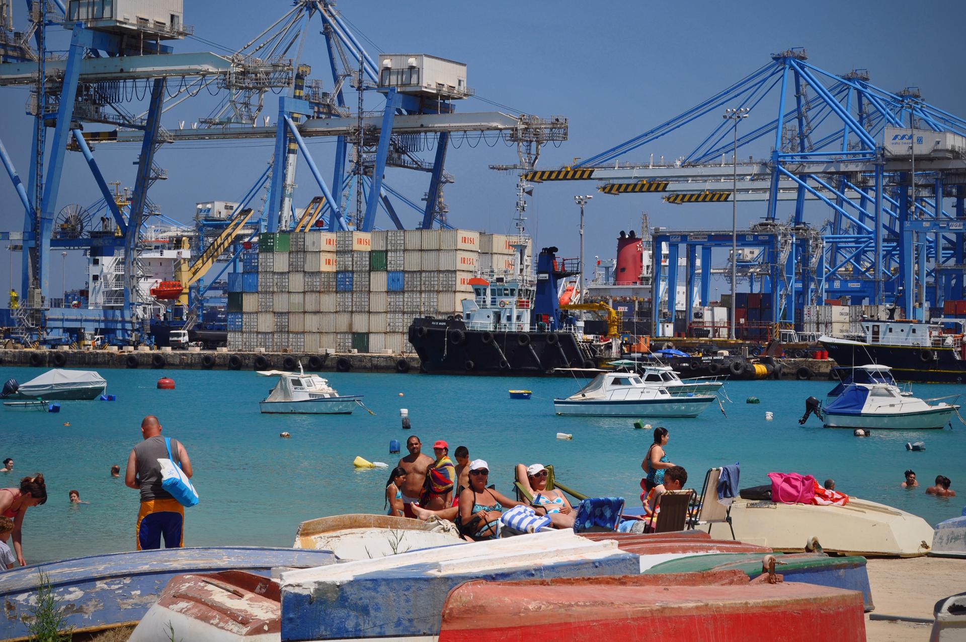 Swimming Birzebugga (Malta Freeport)