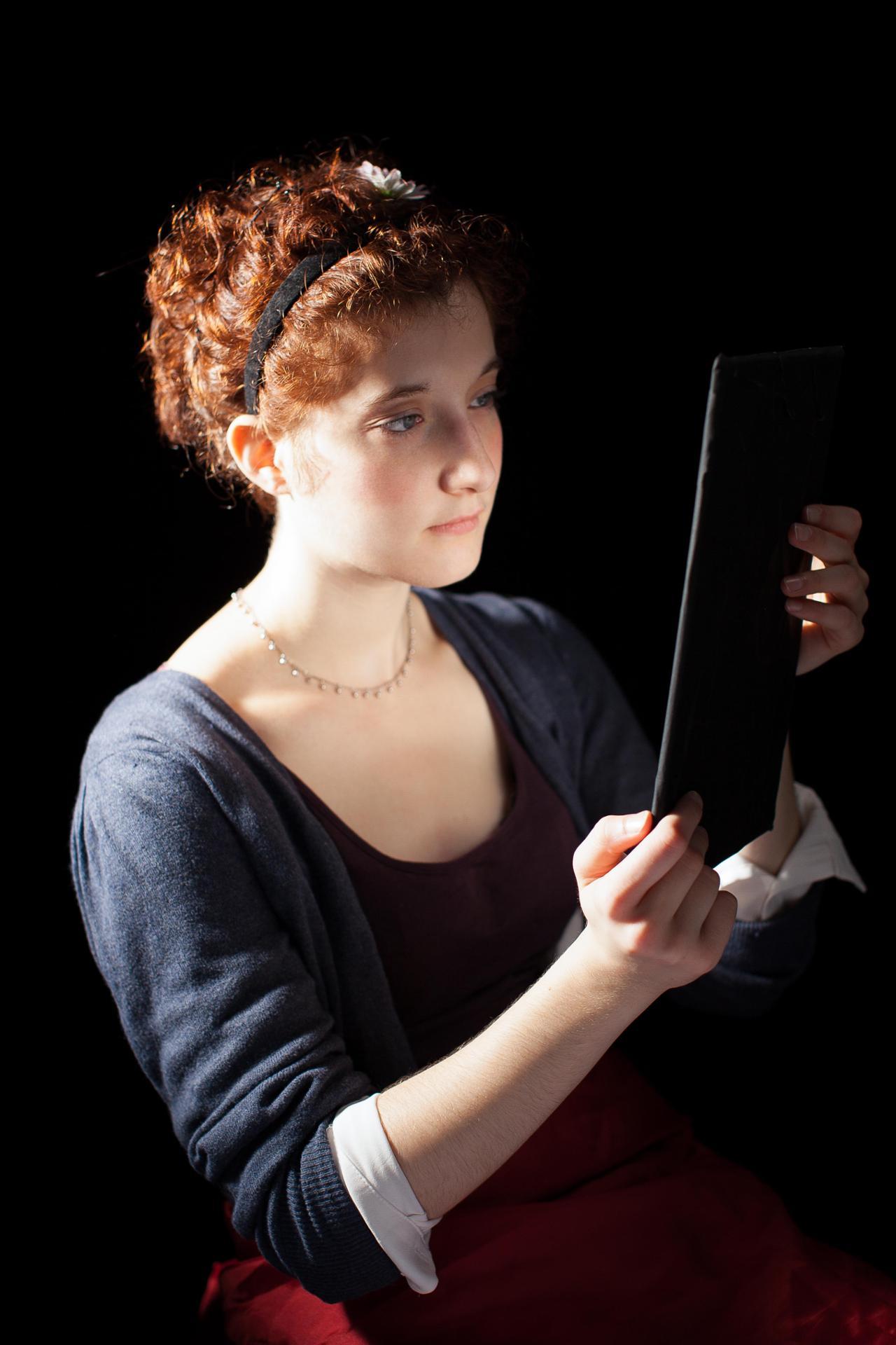 Femme à son miroir