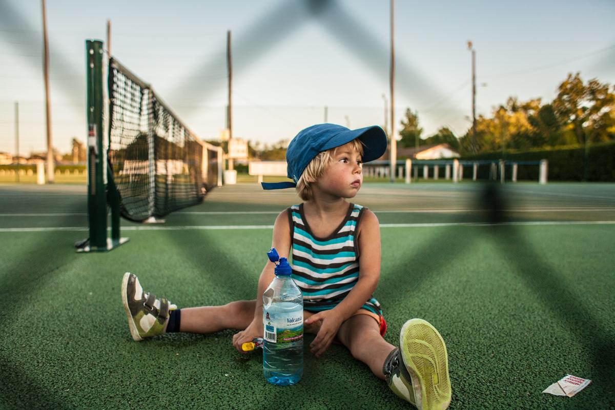 Au tennis...
