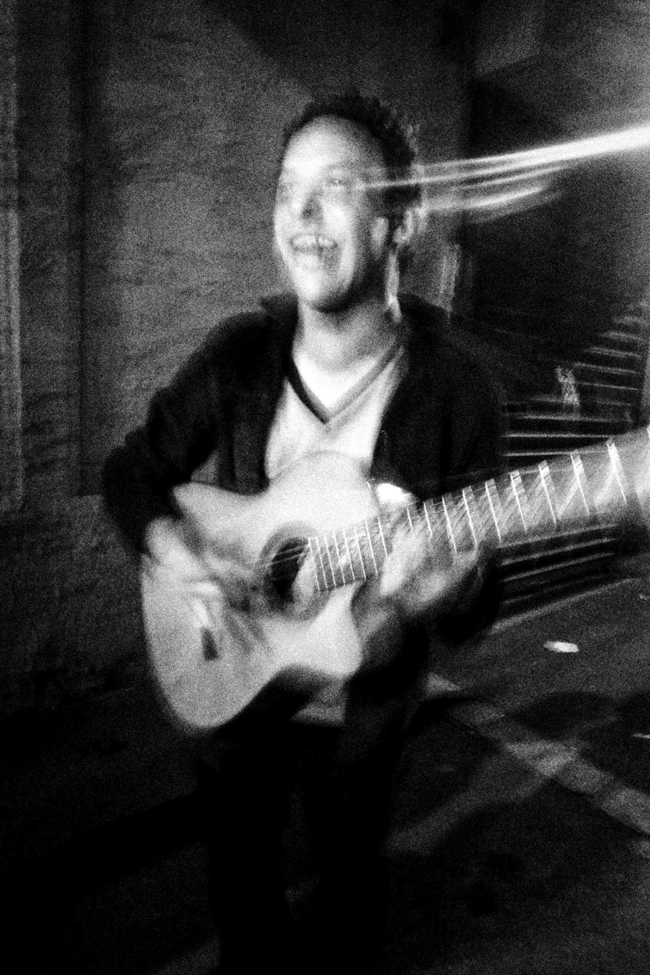 Le Guitariste...