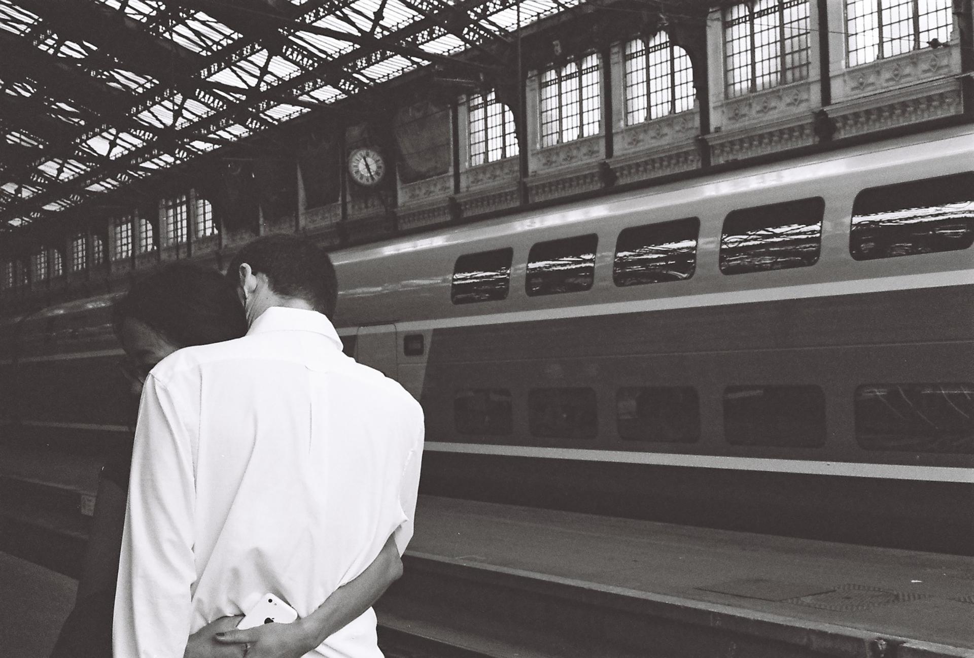 Gare de Lyon le baiser