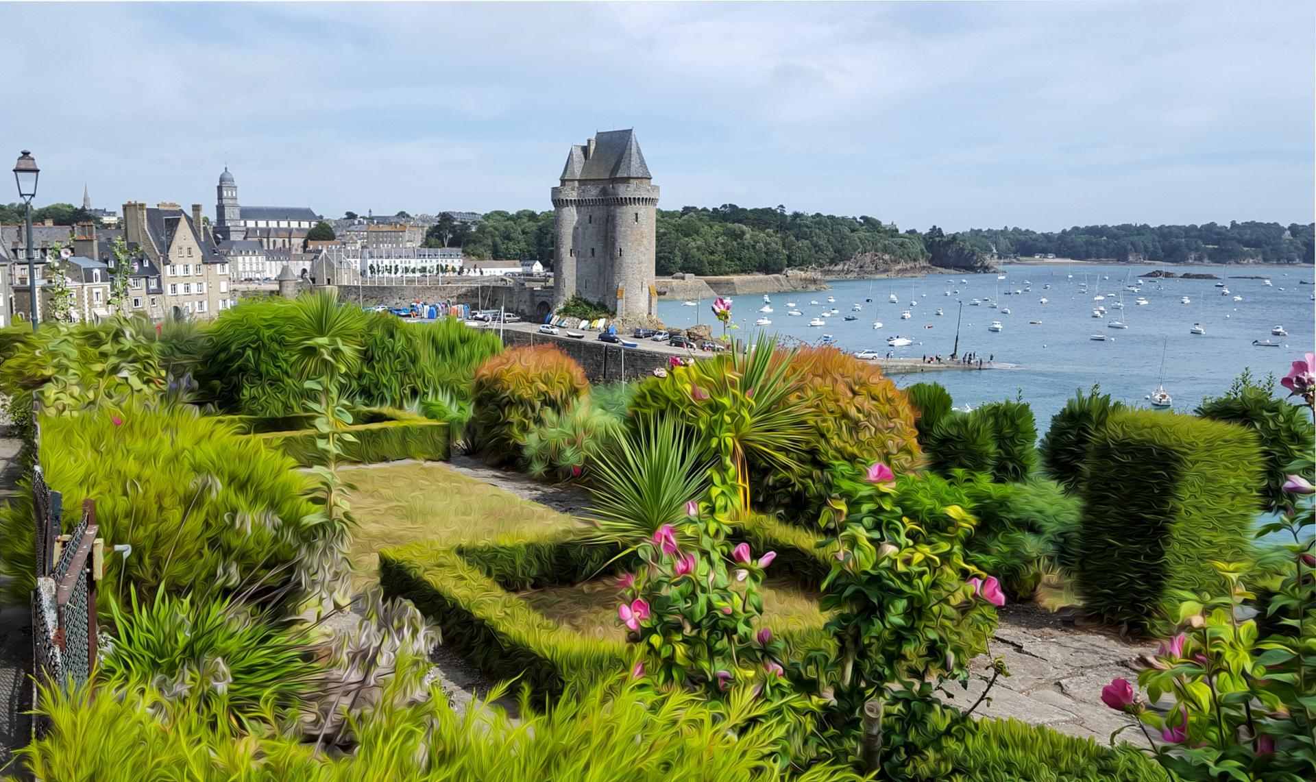 Un jardinet bien situé, Saint-Malo.