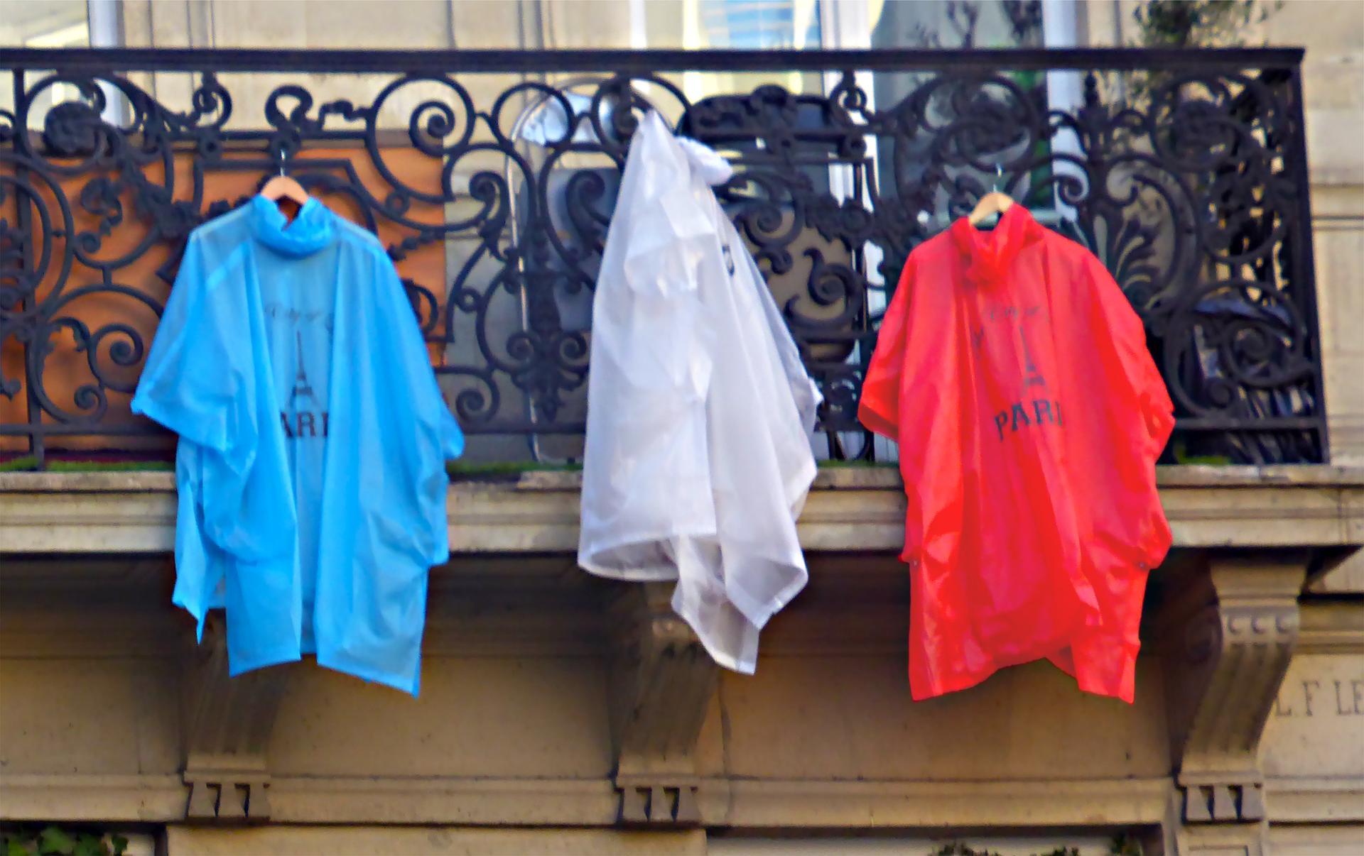 Bons baisers from Paris