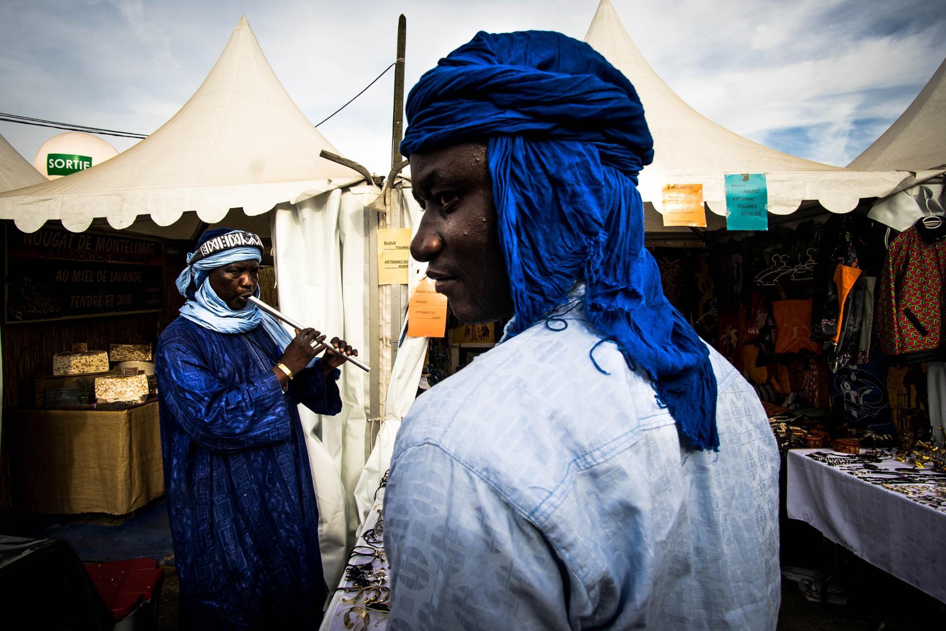 sub-saharien  de musique traditionnels maliens et touaregs dans la partie découverte du monde lors du Festival de l'humanité 2018.