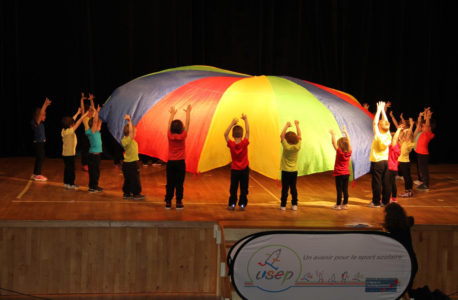 """Rencontre danses USEP 47 - """" Un avenir pour le sport scolaire """""""