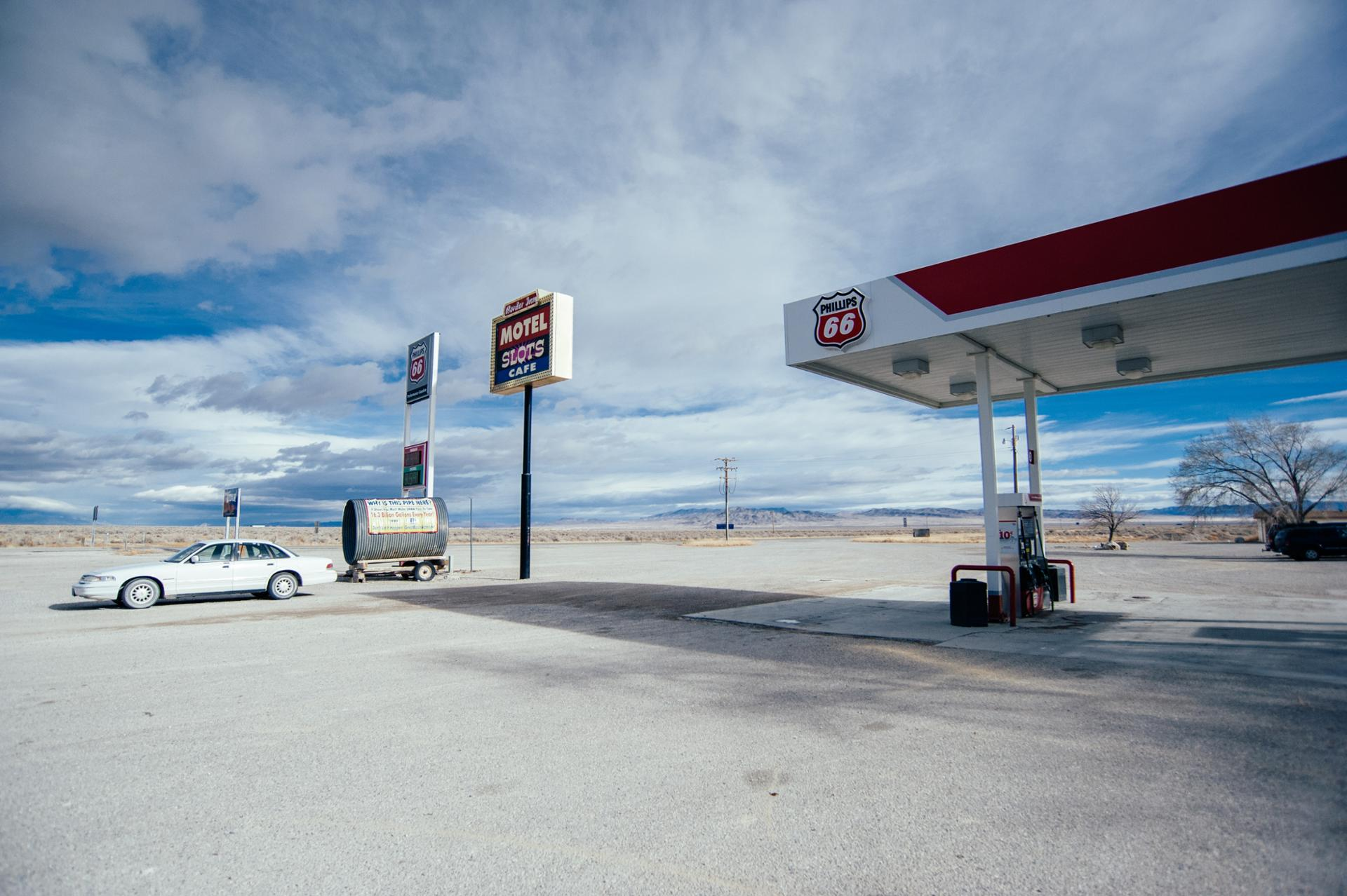 Gas Station at the border of Nevada