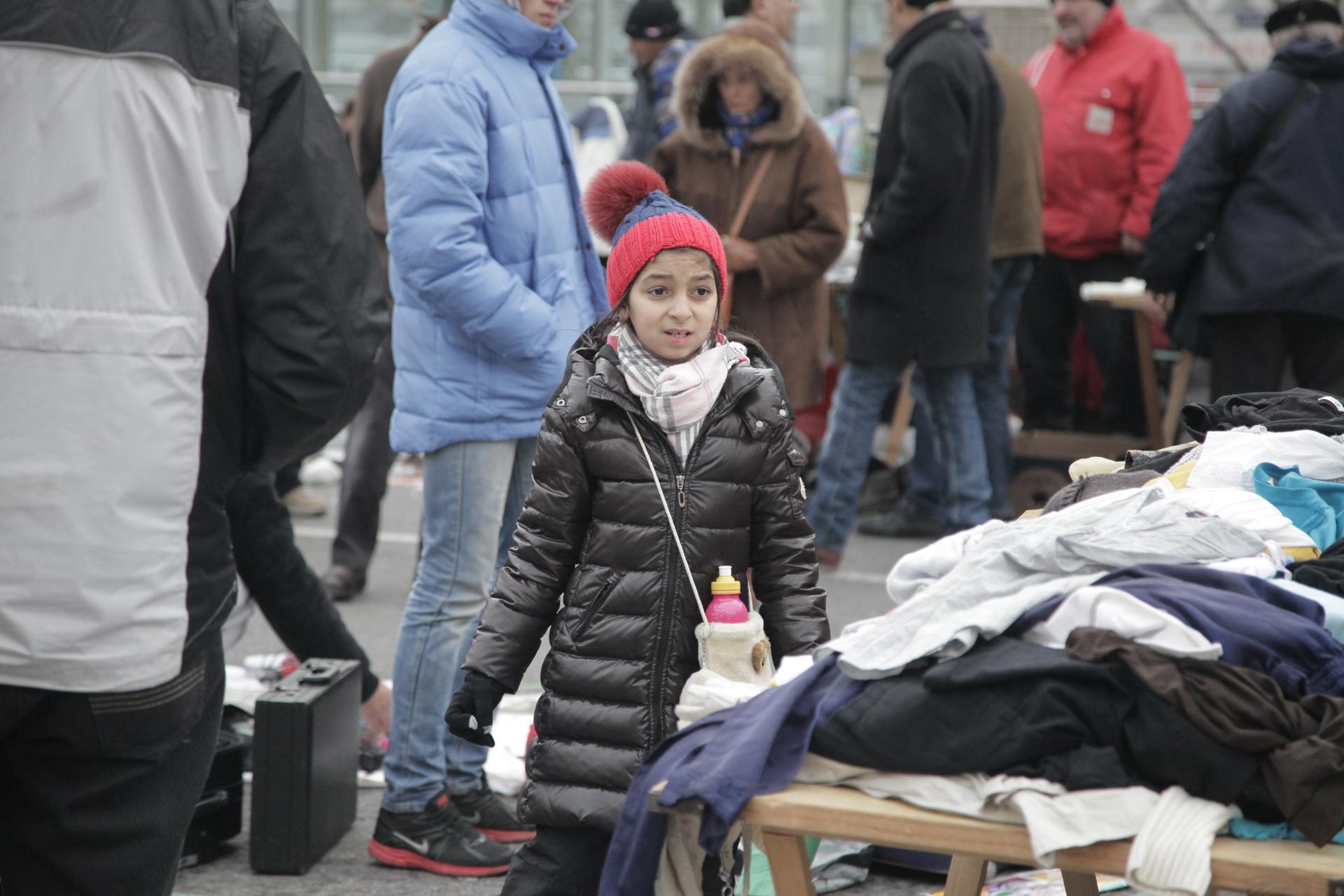 """""""Vendeuse sur le marché, Vienne"""" - Certaines doivent devenir femme très tôt"""