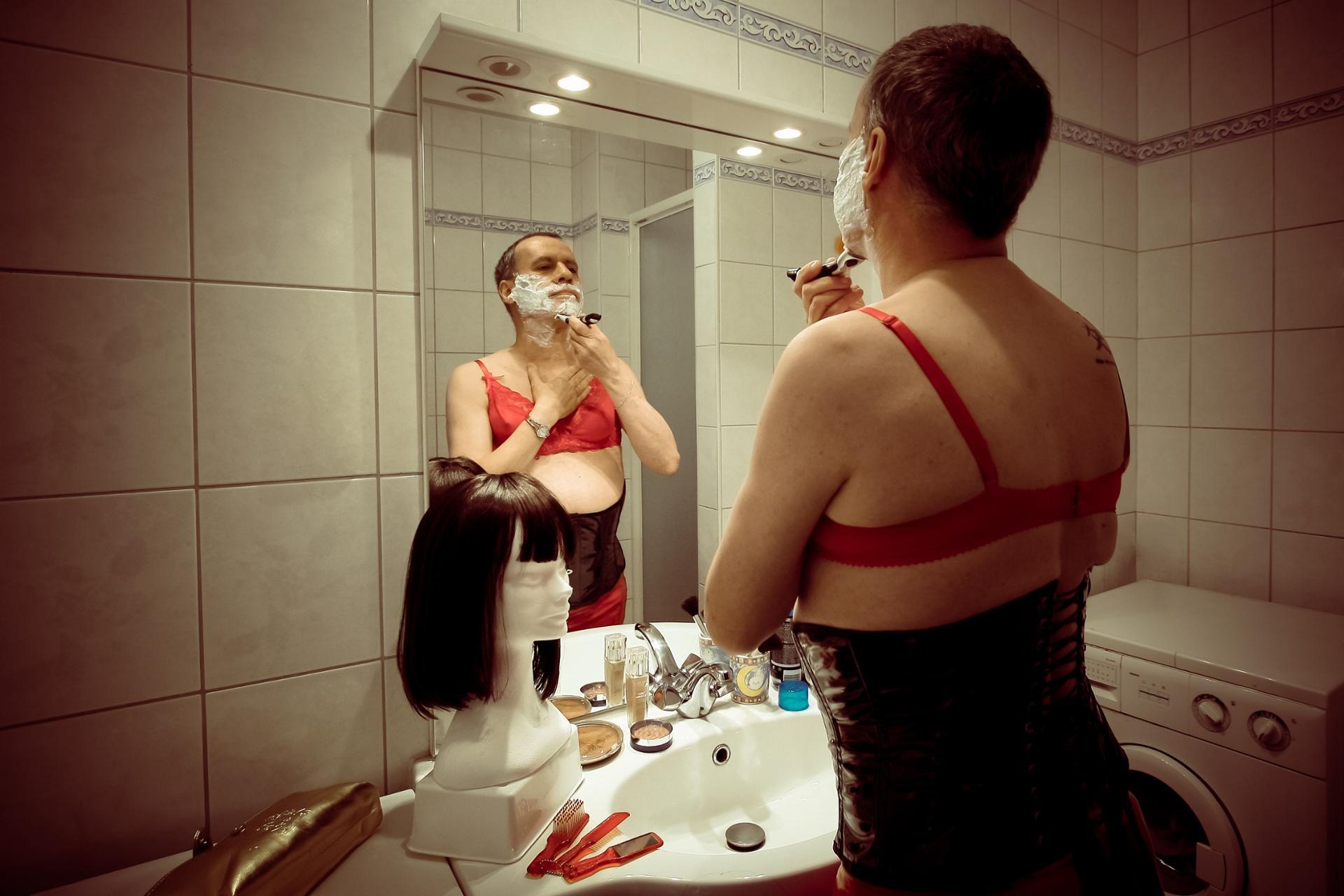 L'Homme-Femme à Barbe