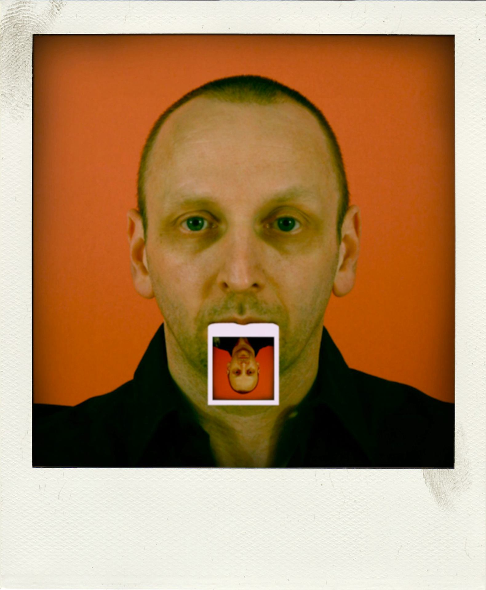 Autoportrait au Polaroid