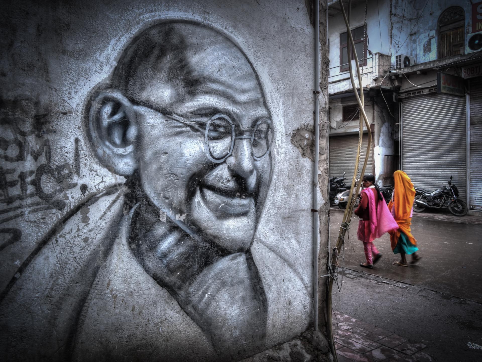 Gandhi wall (Murs Murs des hommes)