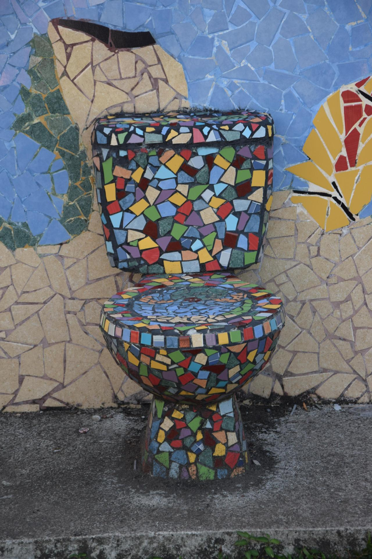 Urbain art WC