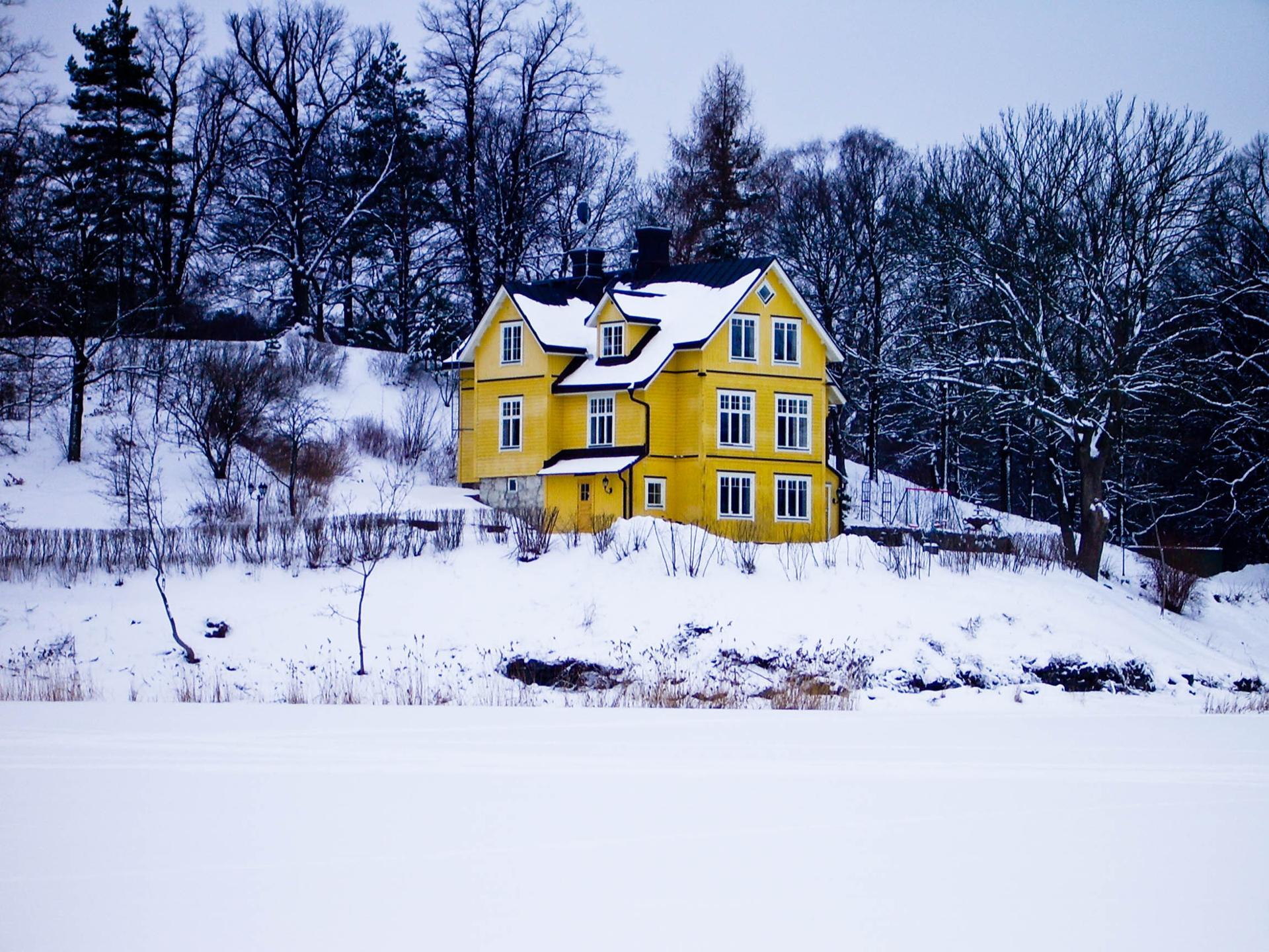 La petite maison dans la neige