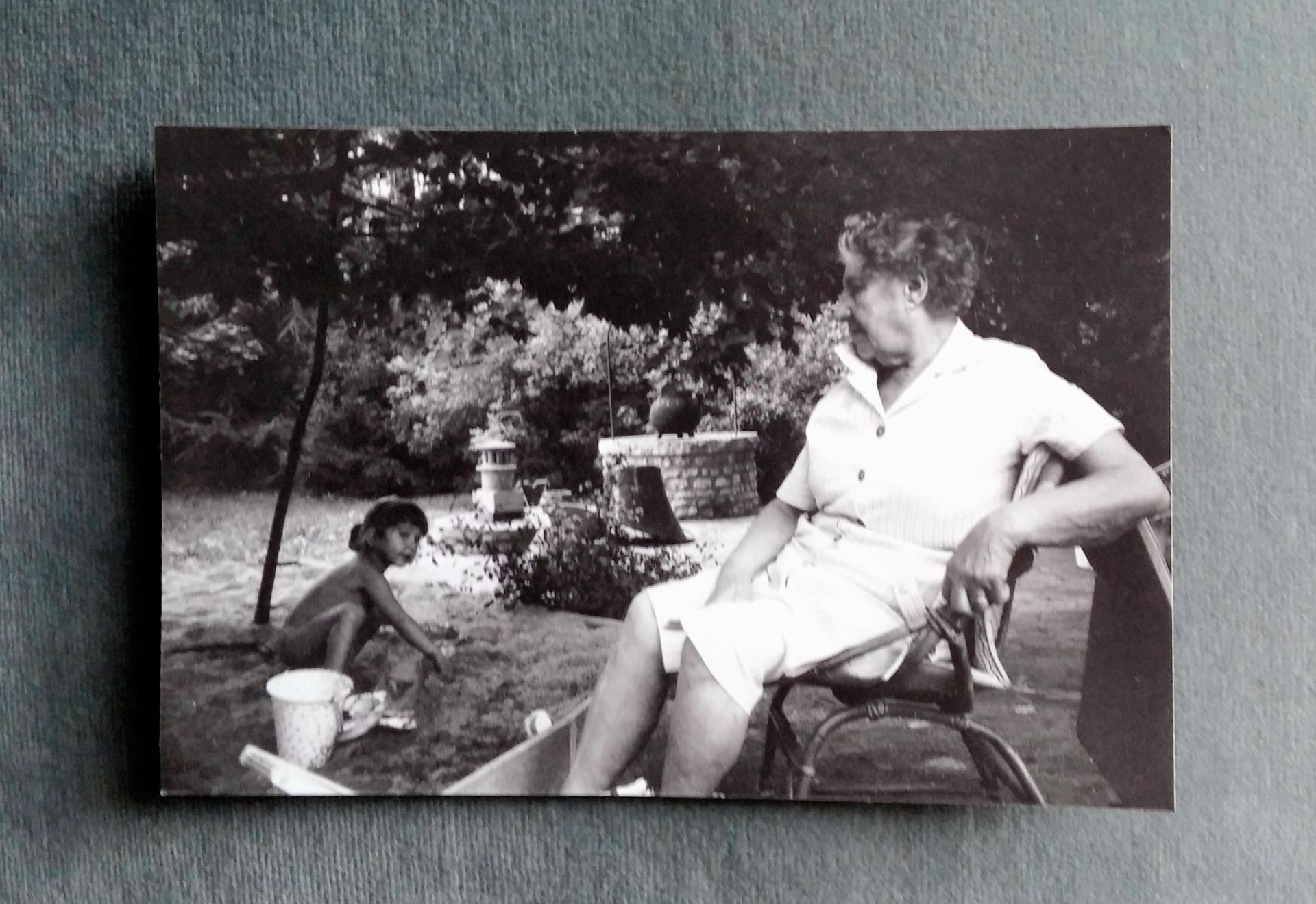 Souvenir de l'été 1990 - Lou & Gilberte, arrière grand-mère