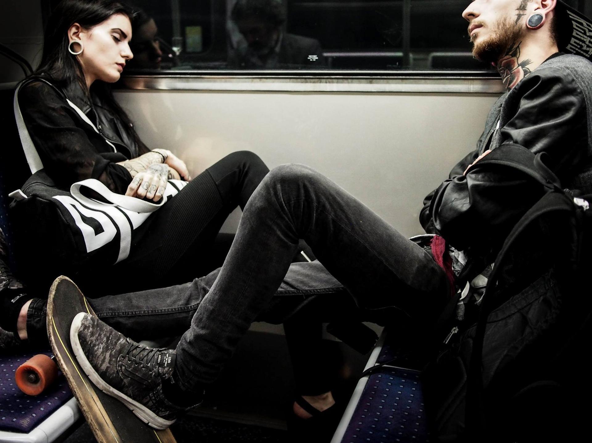 Les dormeurs du métro