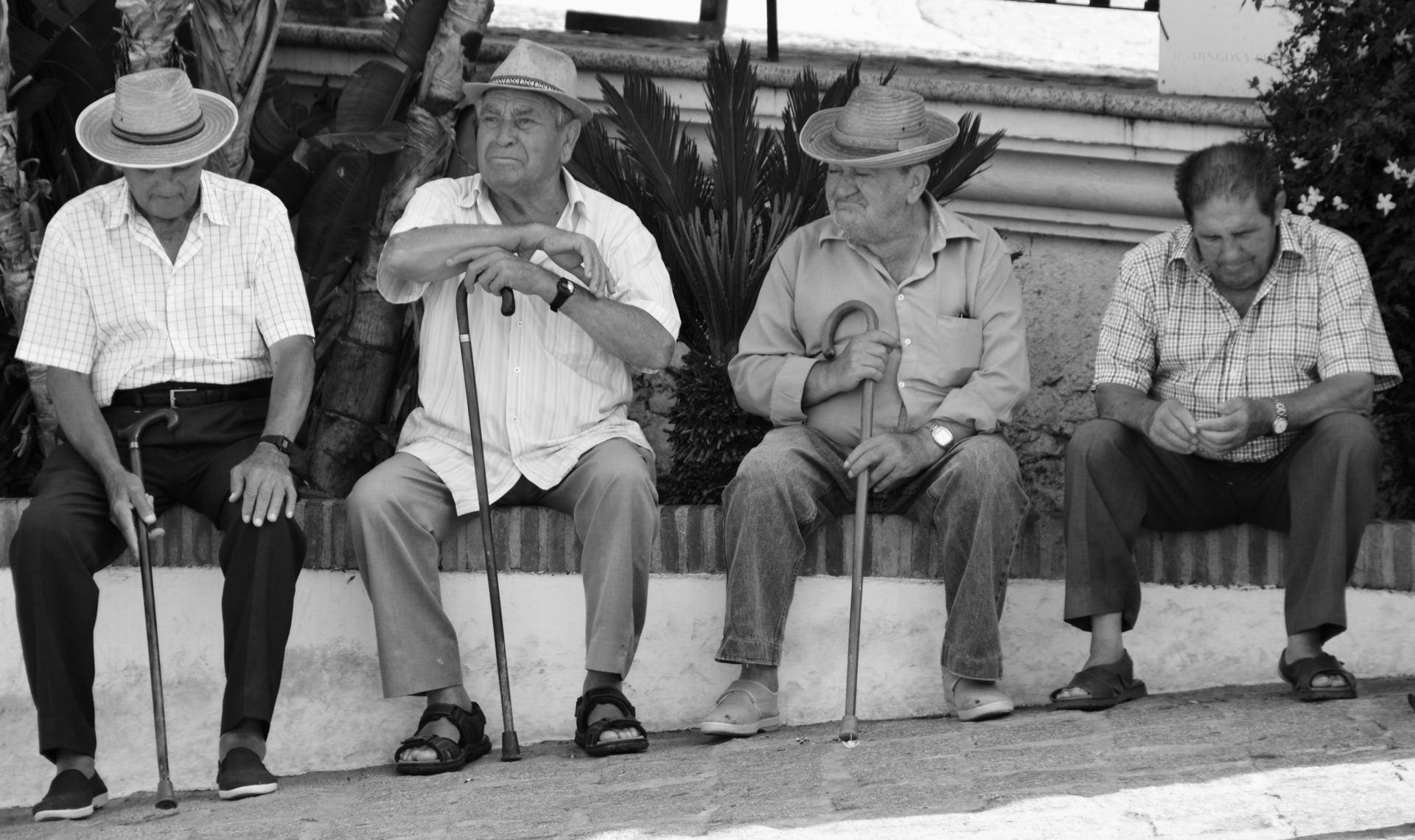 Les anciens du village- Andalousie.JPG