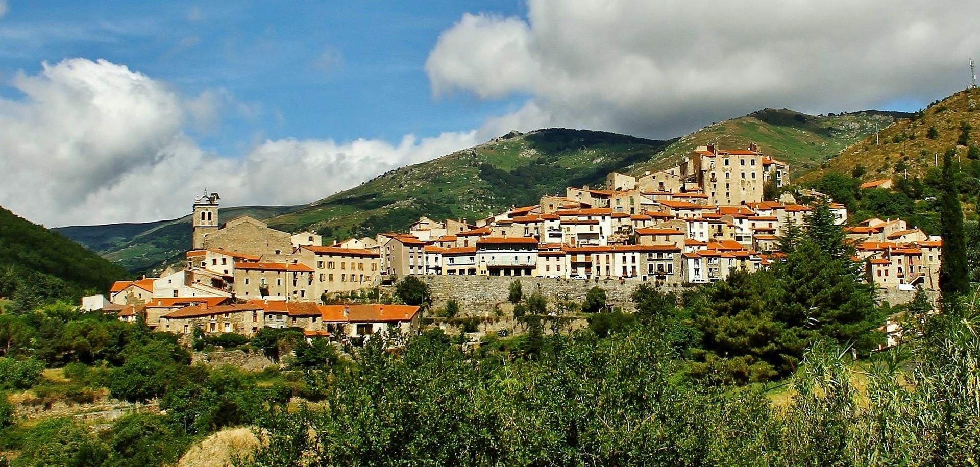 Le village de Mosset.66