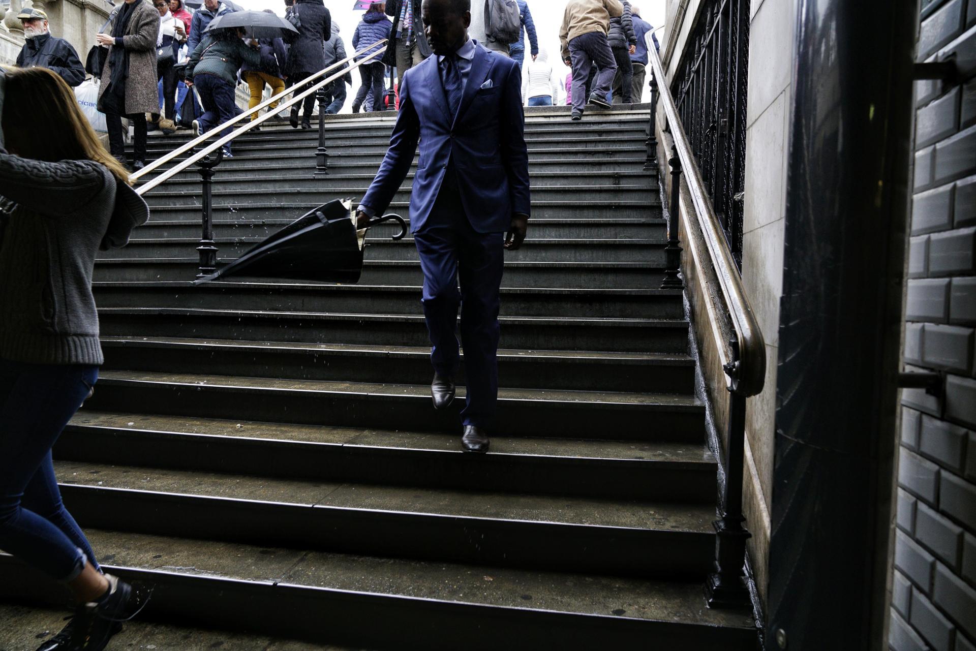 Paris octobre 2017 |  classe et humide | métro Opéra