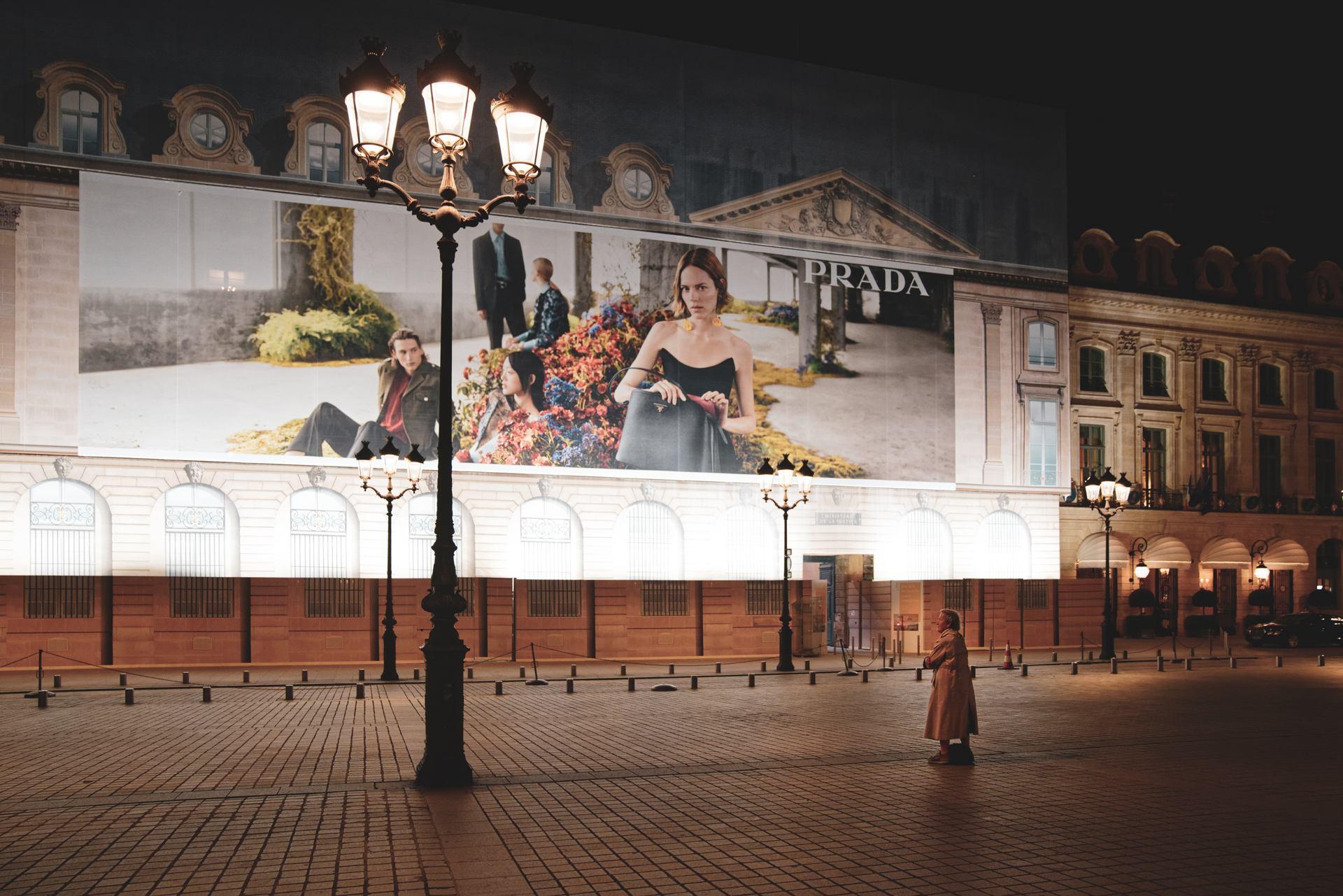 jan_malaise_sijetaisunobjet La dame pensive et dépensive, Paris Place Vendôme 2019
