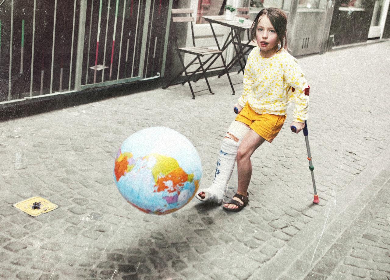 Little girl shoot the world.