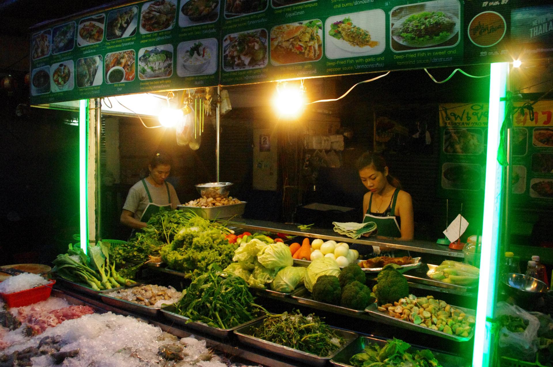 petit marché à chinatown, bangkok
