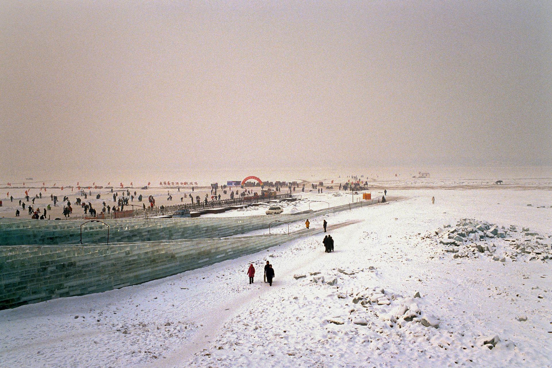 Sur le fleuve gelé (Harbin, Chine)