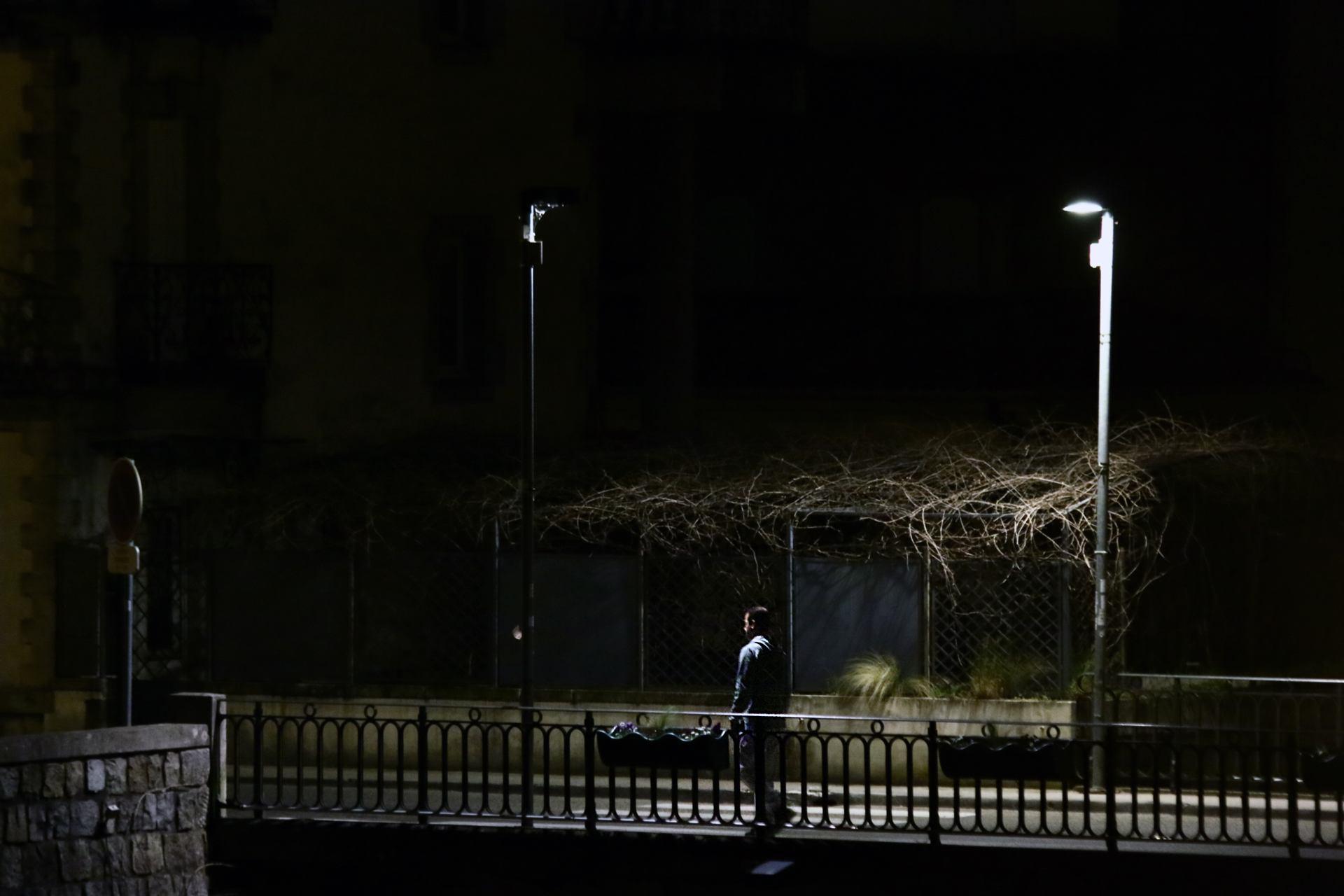 Le coronavirus vu depuis mon balcon - Même la nuit, je guette...