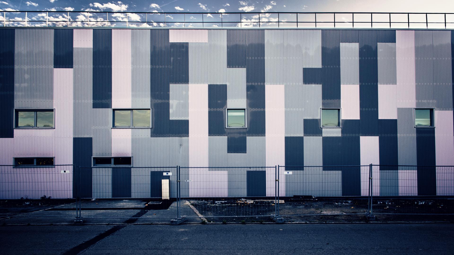 Inhabité-Inhabituel II (tetris building)