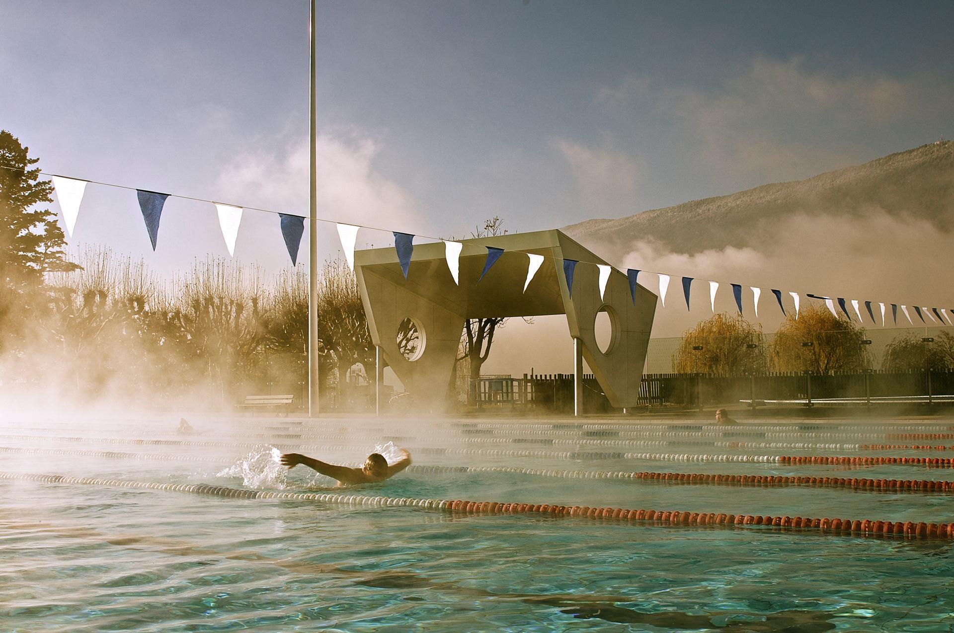 Nage dans la brume