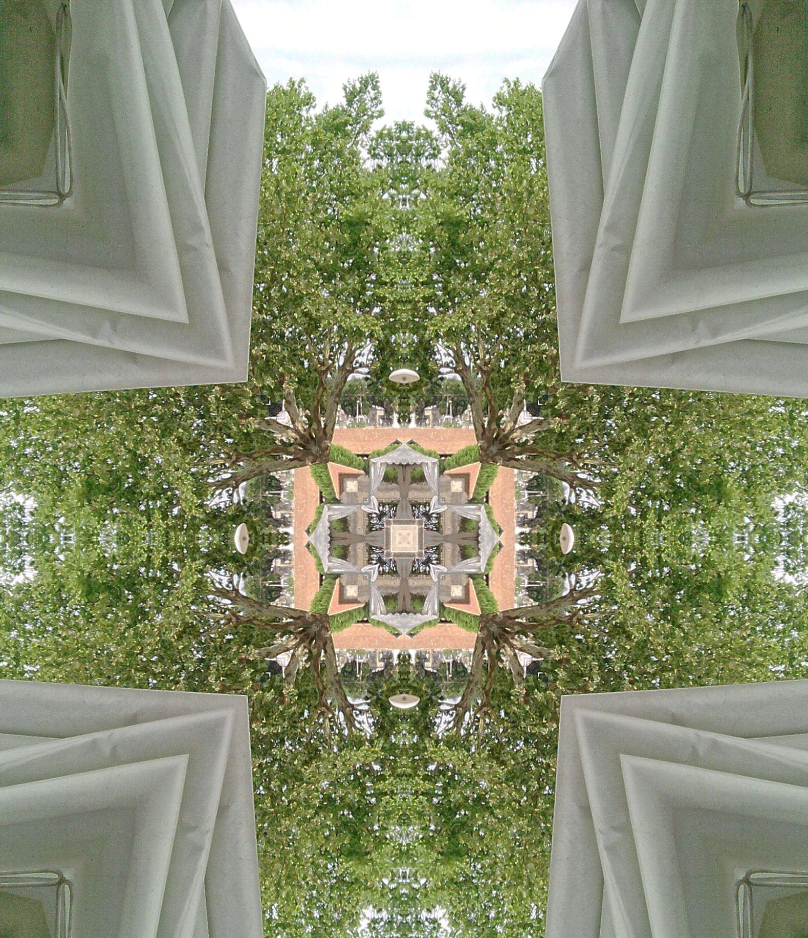 CARCASONNE place des FONTAINES 29k