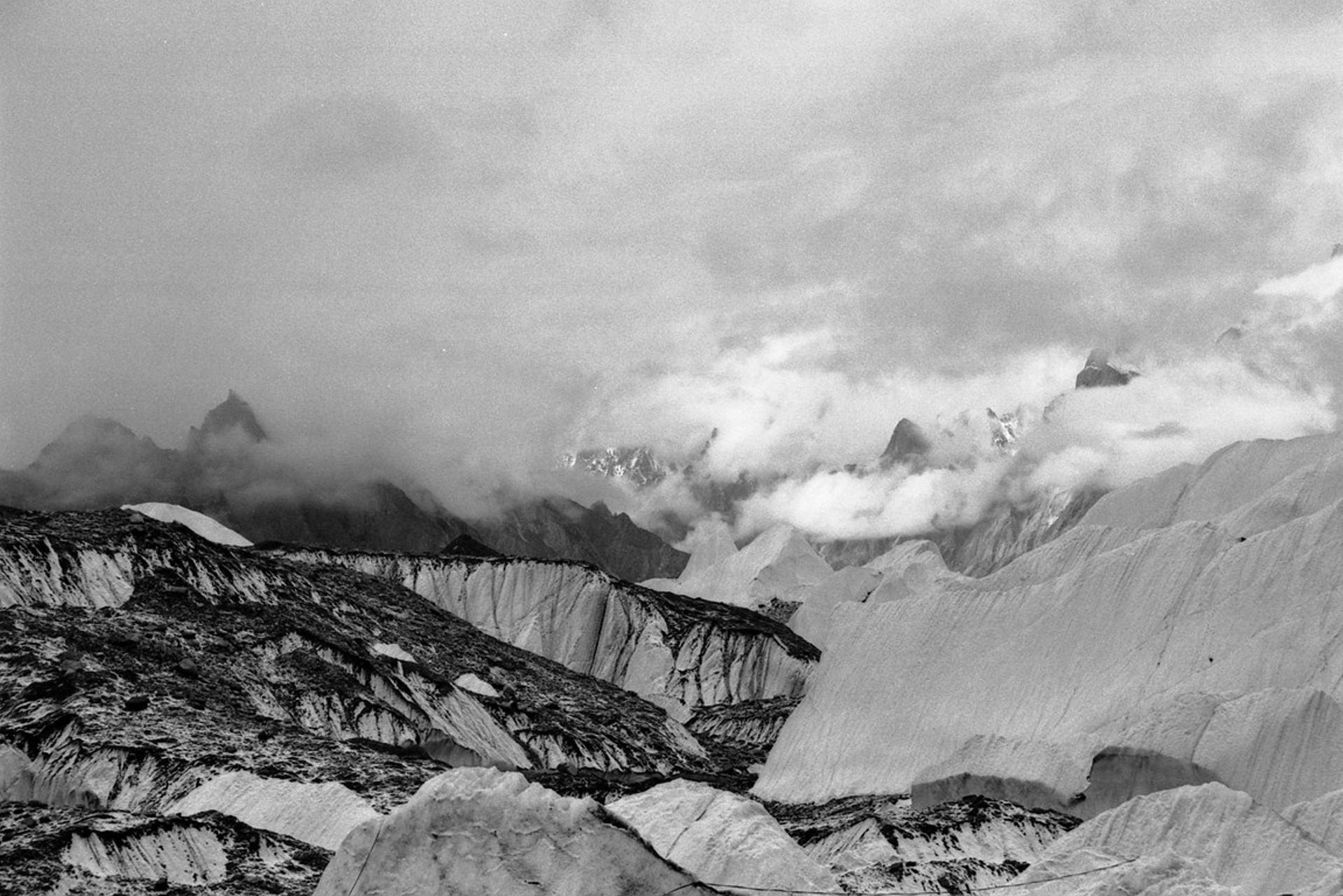 Glacier du Baltoro, Karakorum, Pakistan (9).jpg