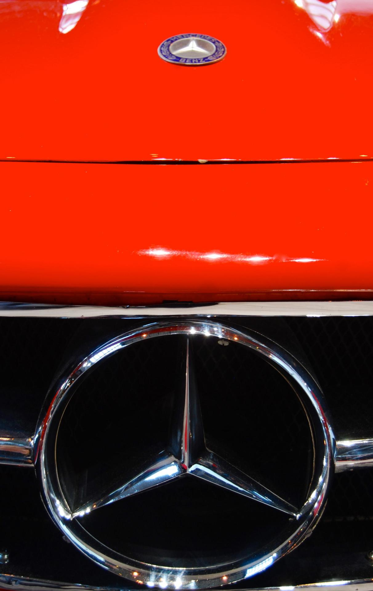 Mercedes rouge 2