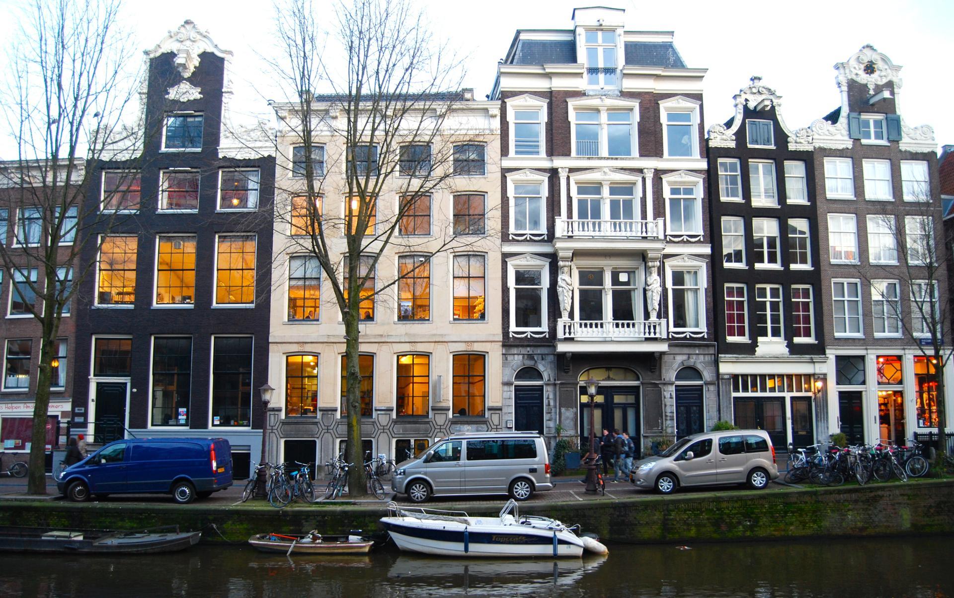 Amsterdam Street 3