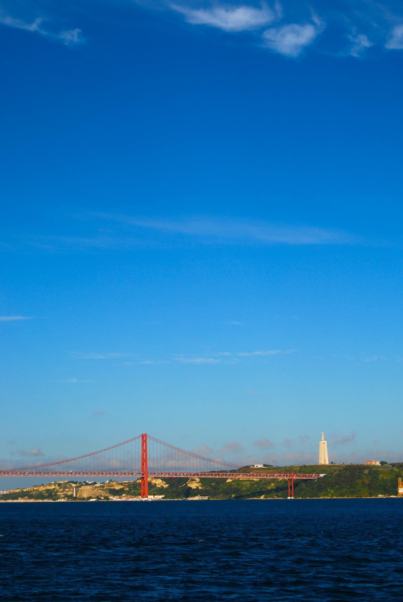 Ciel bleu sur Lisbonne