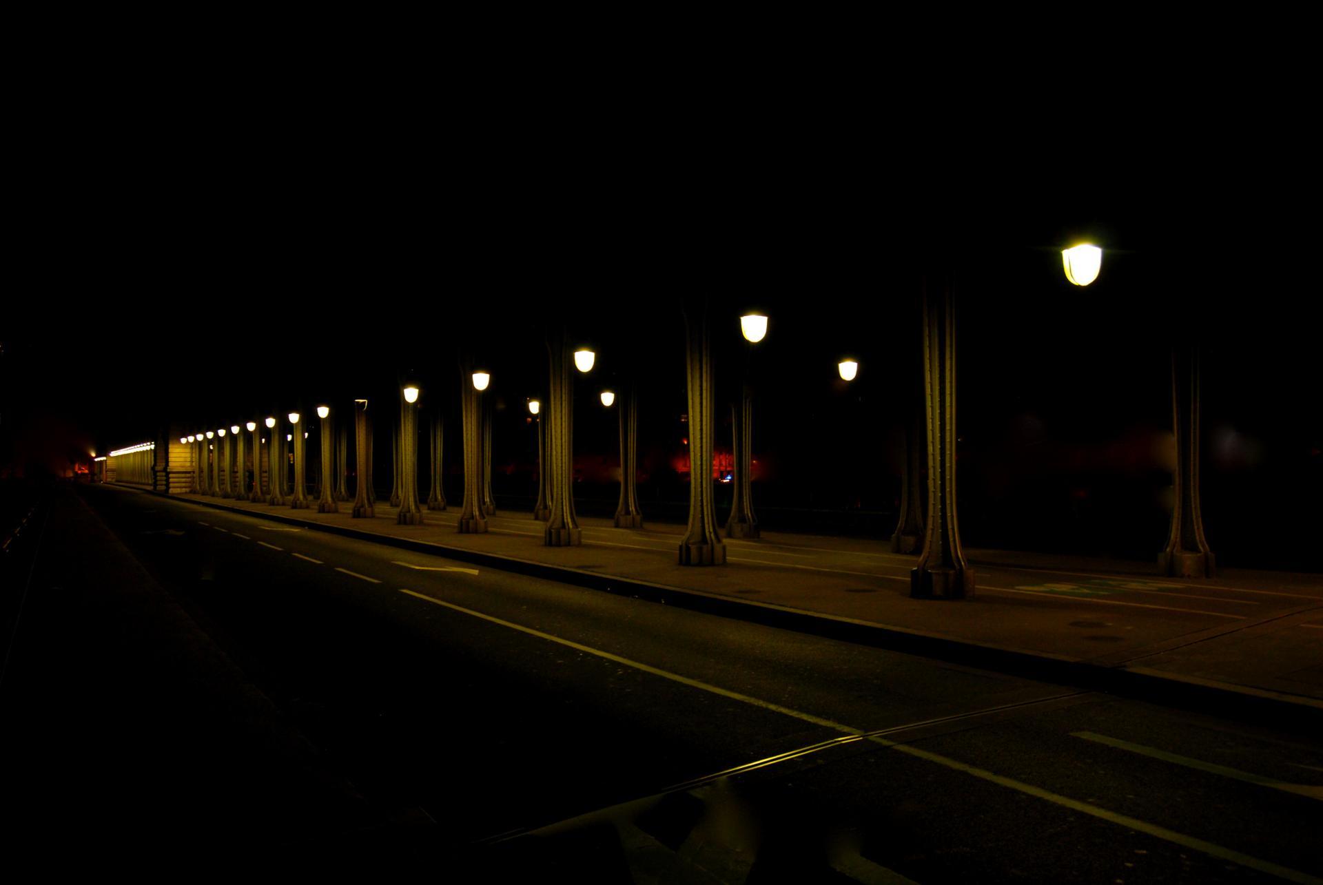 Pont Bir Hakeim la nuit 1