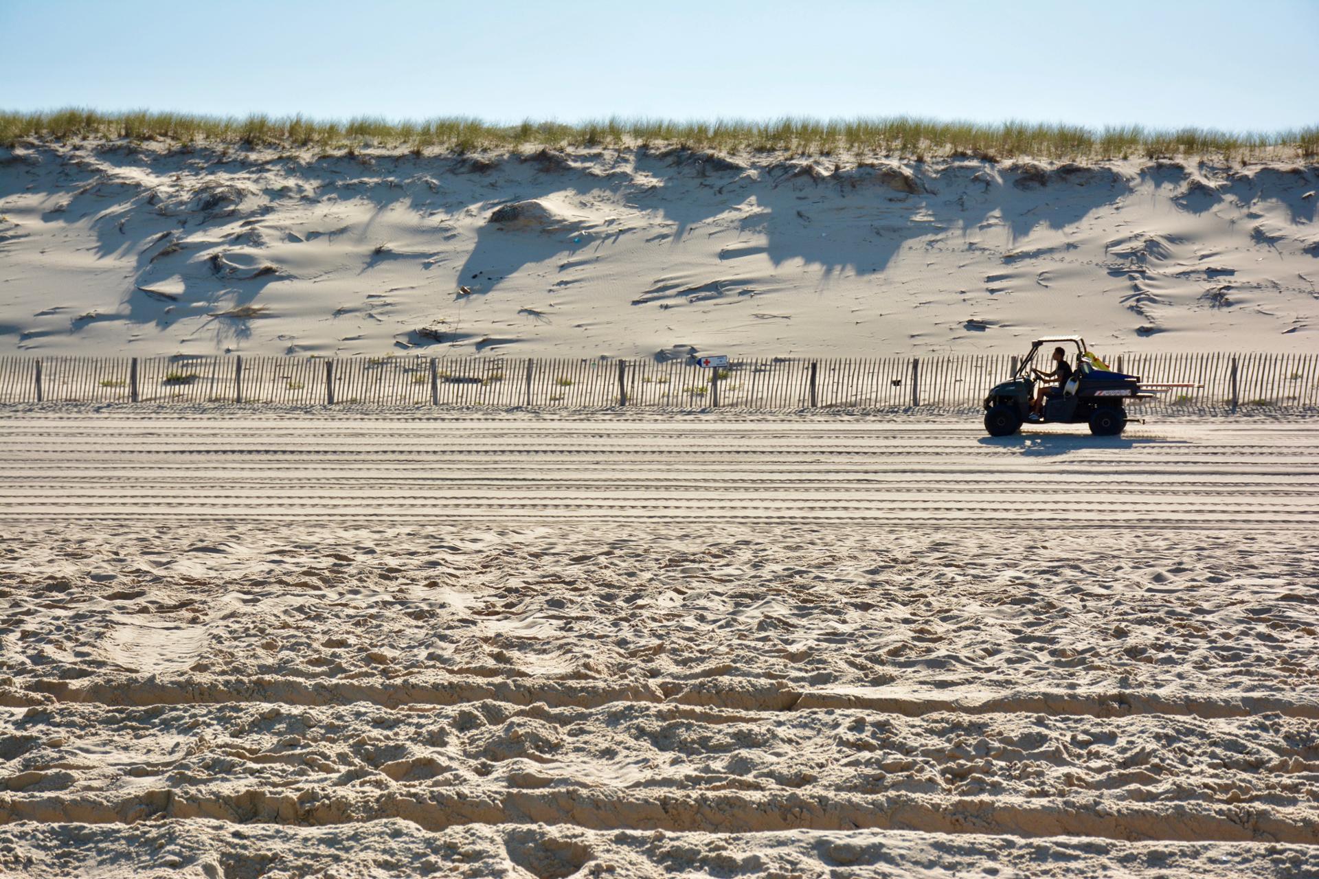 Roule sur la plage 1