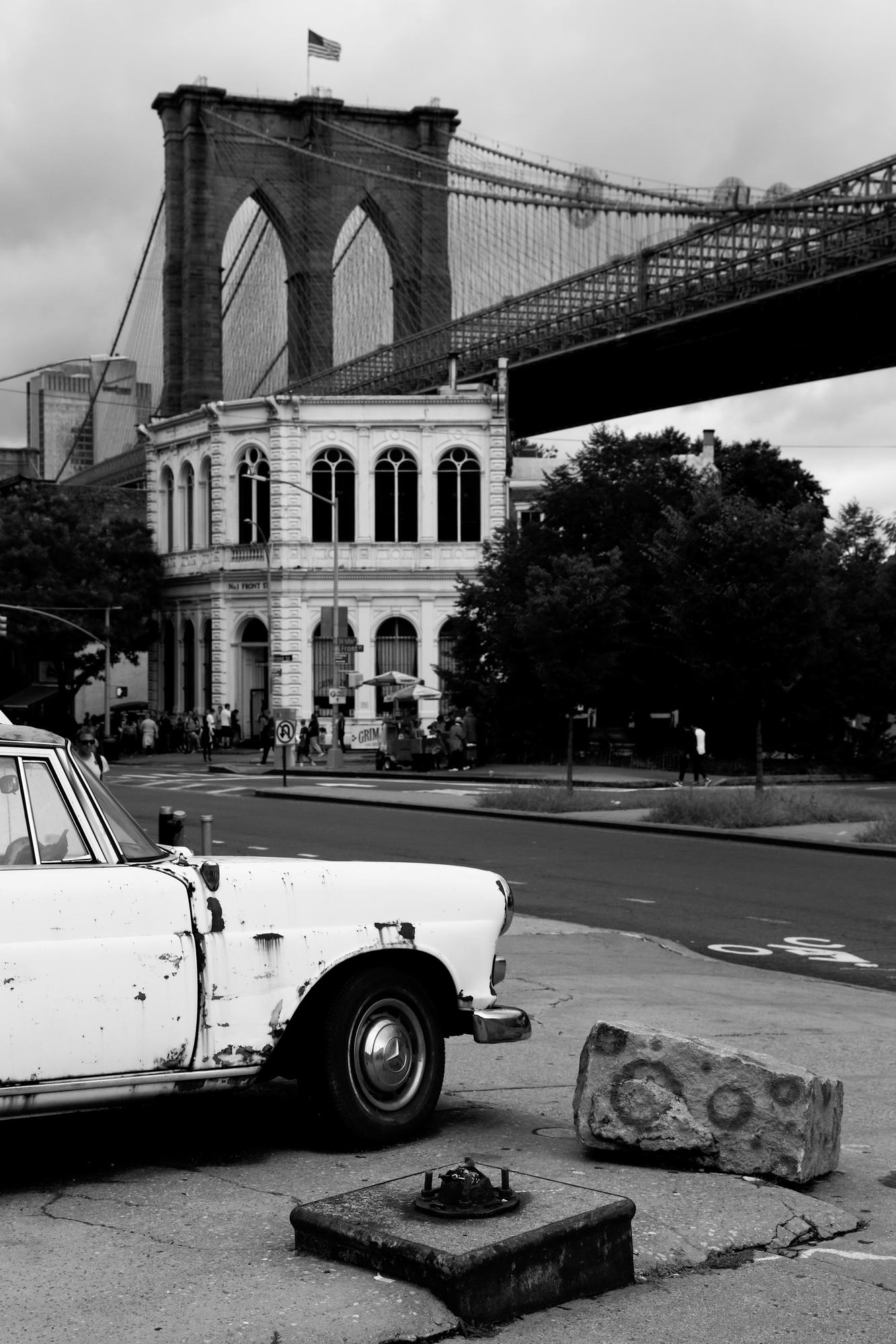 STREET NY 04