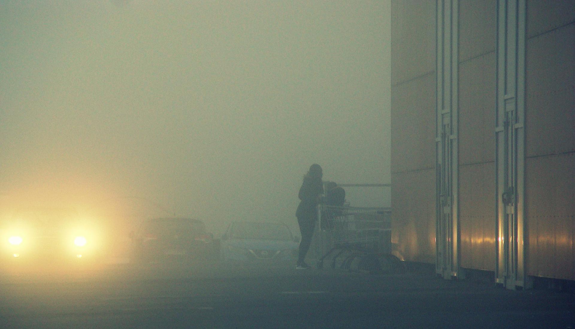 brume sur le parking