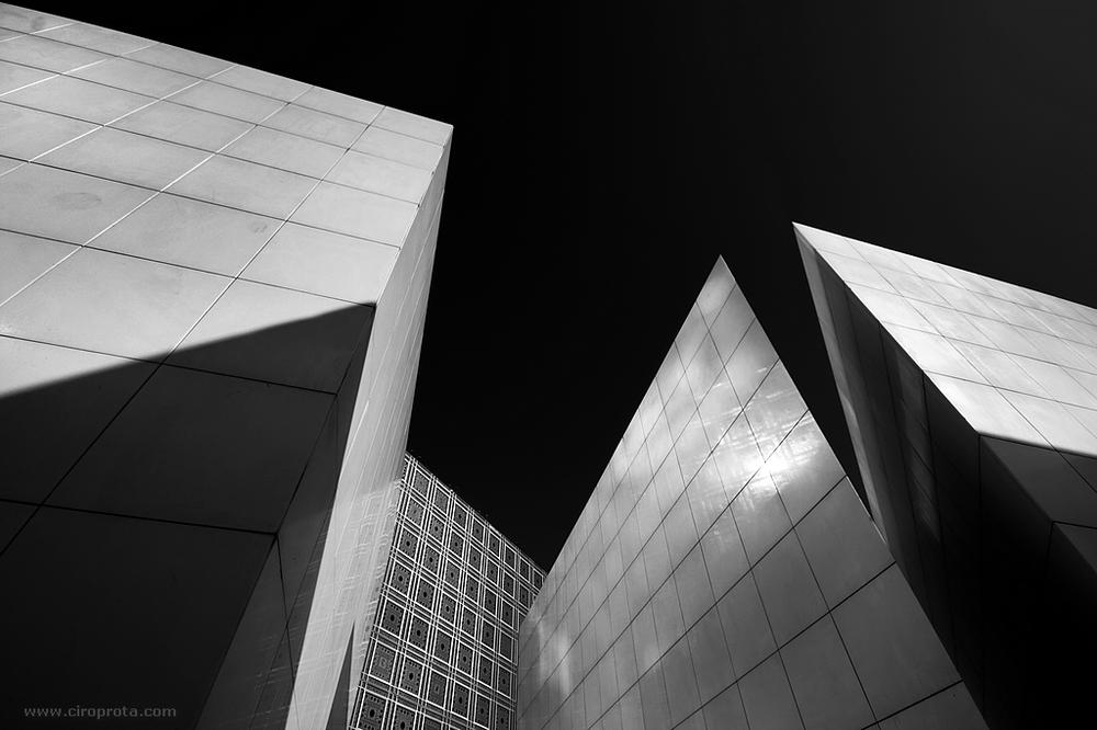 Paris-Musee-de-lInstitut-du-Monde-Arabe-a27484591