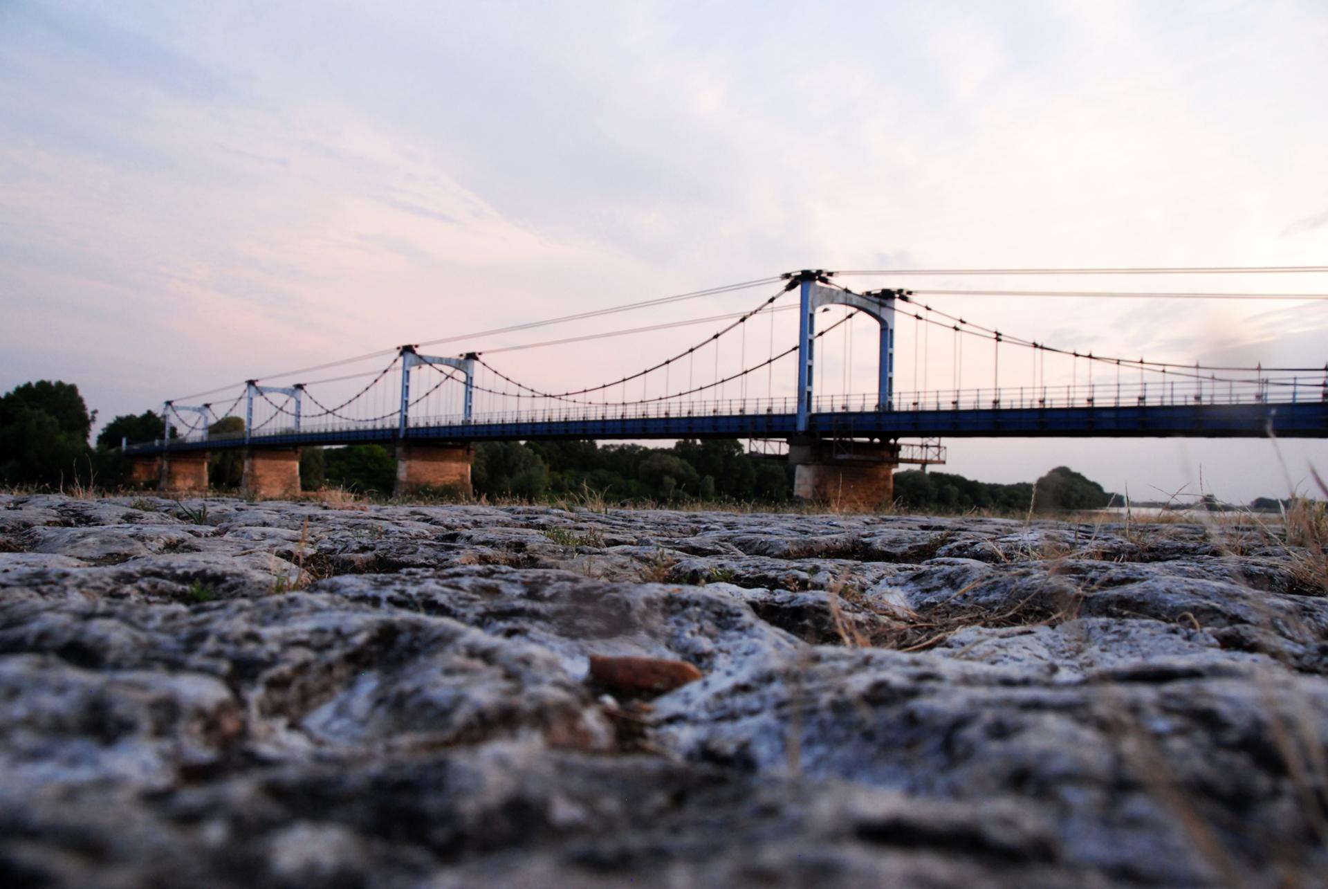 Au ras du pont